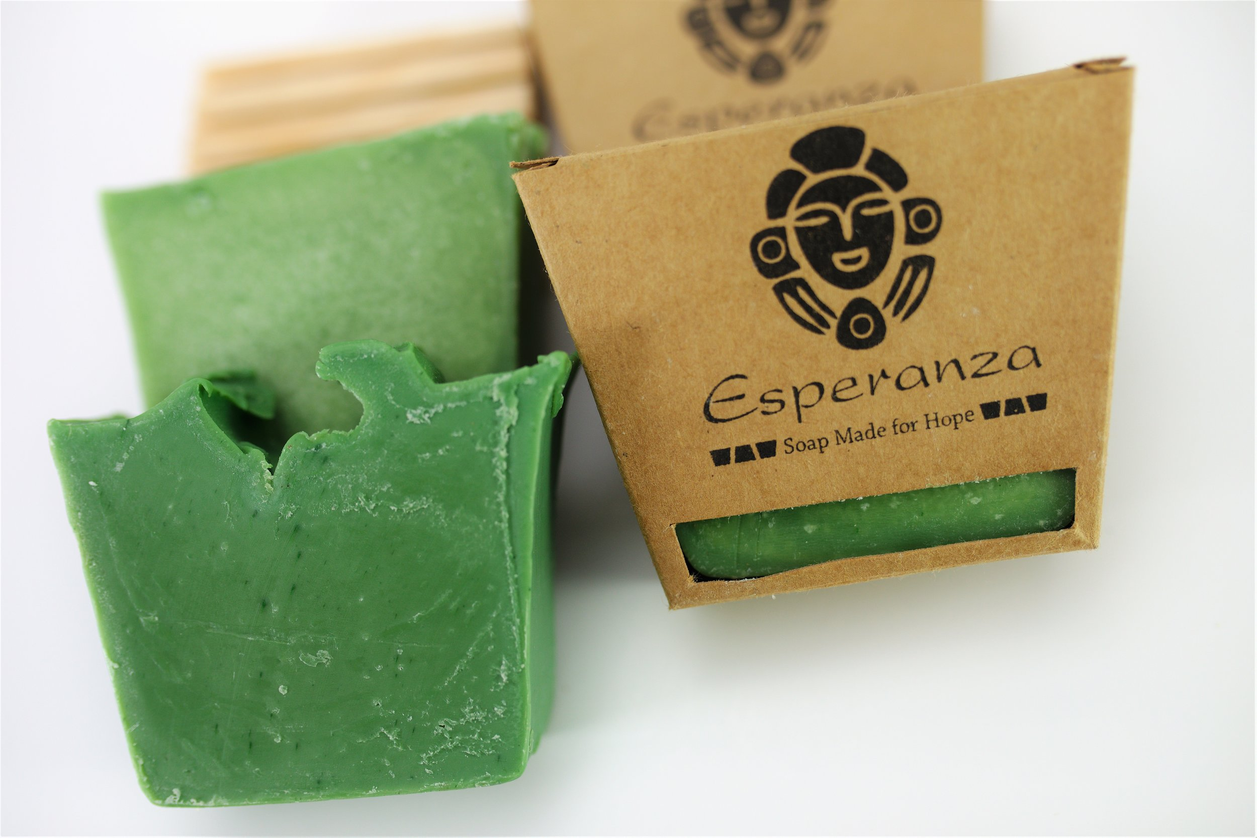 Jabon de Moringa, Moringa Soap, Moringa, Dominican soap, best soap in the world, handmade, handmade soap, social justice, empowering women