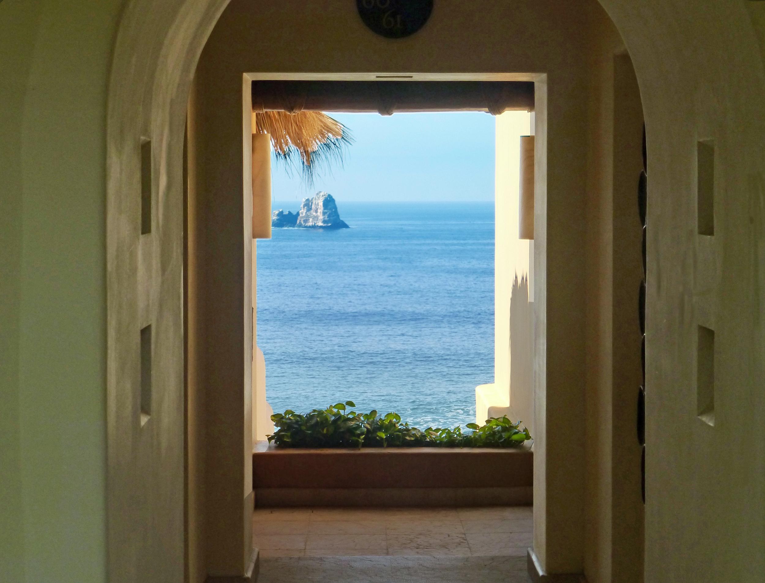 Hallway Sea View .jpg