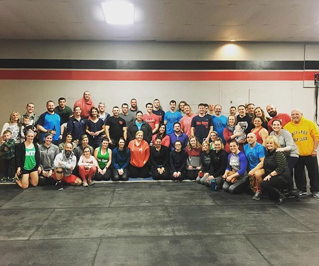 "Friday Night Lights Week #1 ✅ Proud of everyone that came out for 18.1. It was 20 mins of ""fun"". The amount of support that was shown today during every single class makes me so proud of the community we all built! 4 more week of CF Open season! LETS GOOO! 💪 #crossfit557  #community  #support  #nevereasyalwaysworthit"