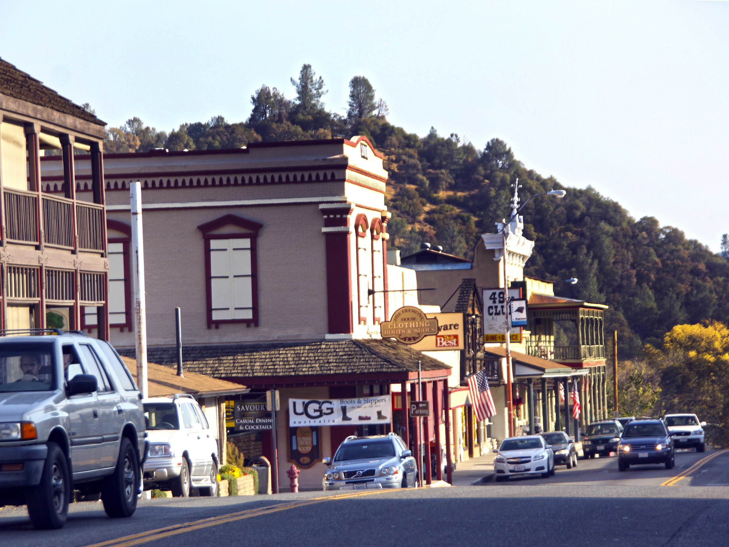 This historic town of Mariposa, Gateway to Yosemite National Park  © Joanne DiBona