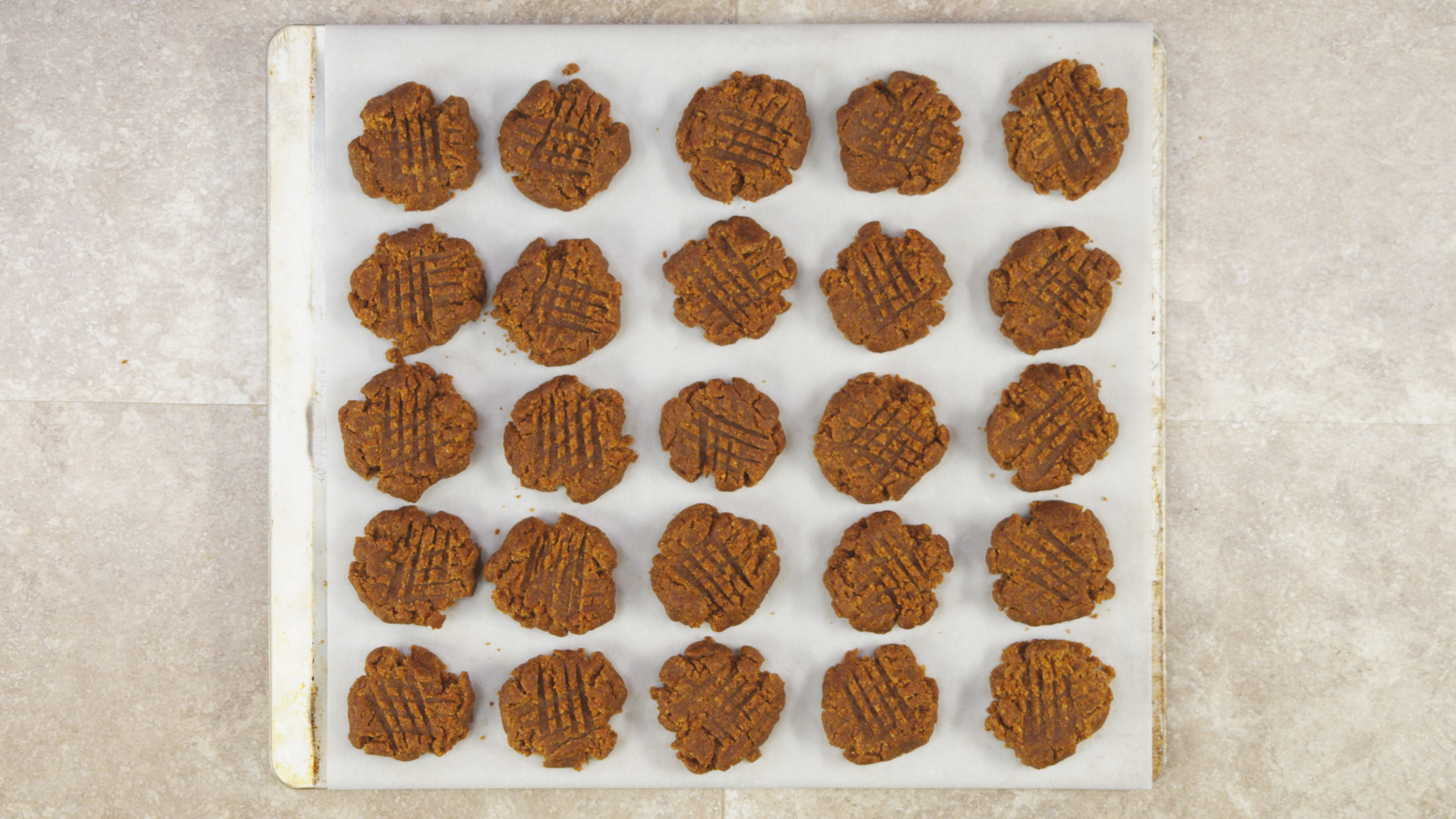 Peanut-Butter Cookies pan