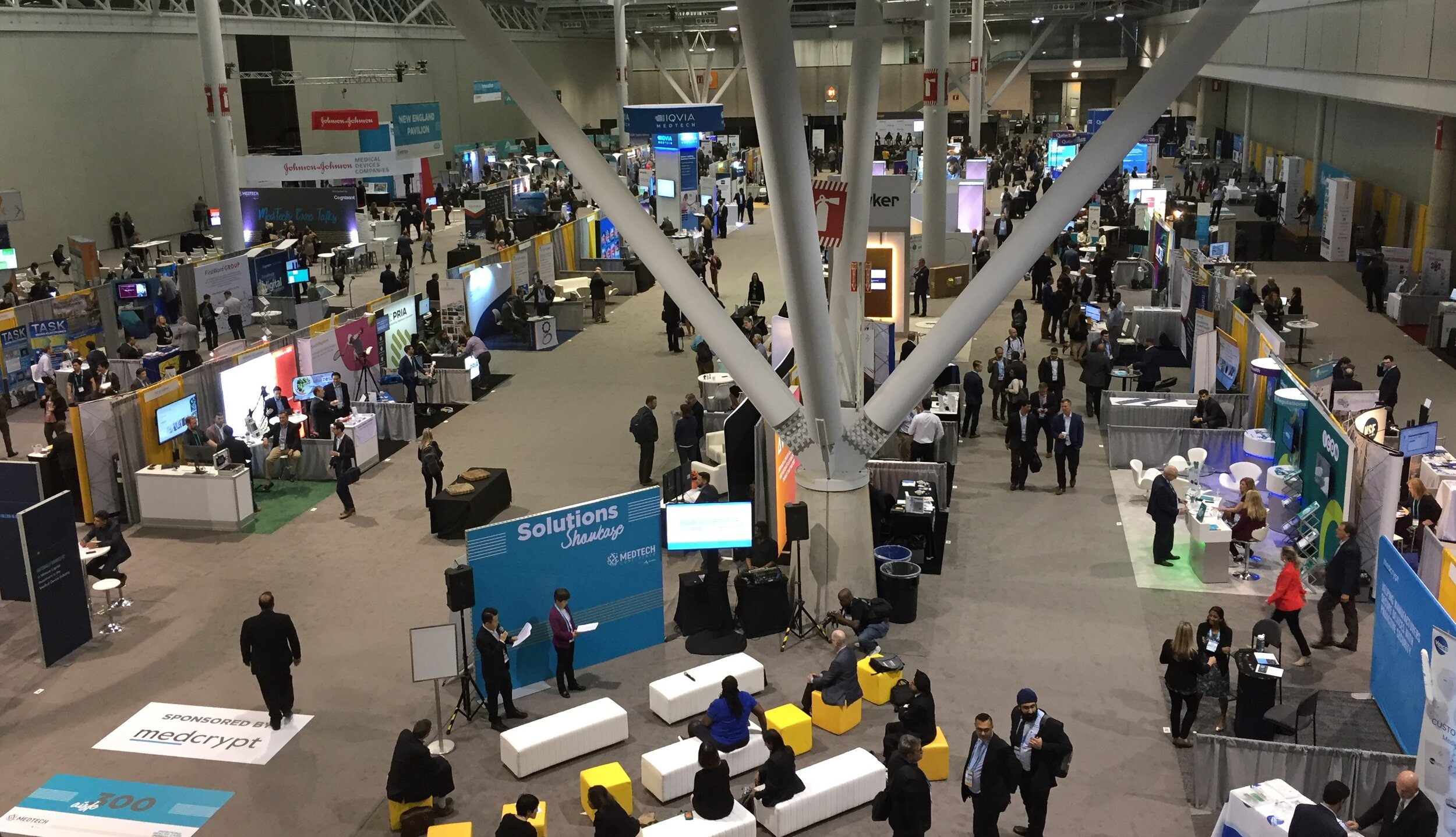OBIO at AdvaMed - Exhibit Floor.jpg