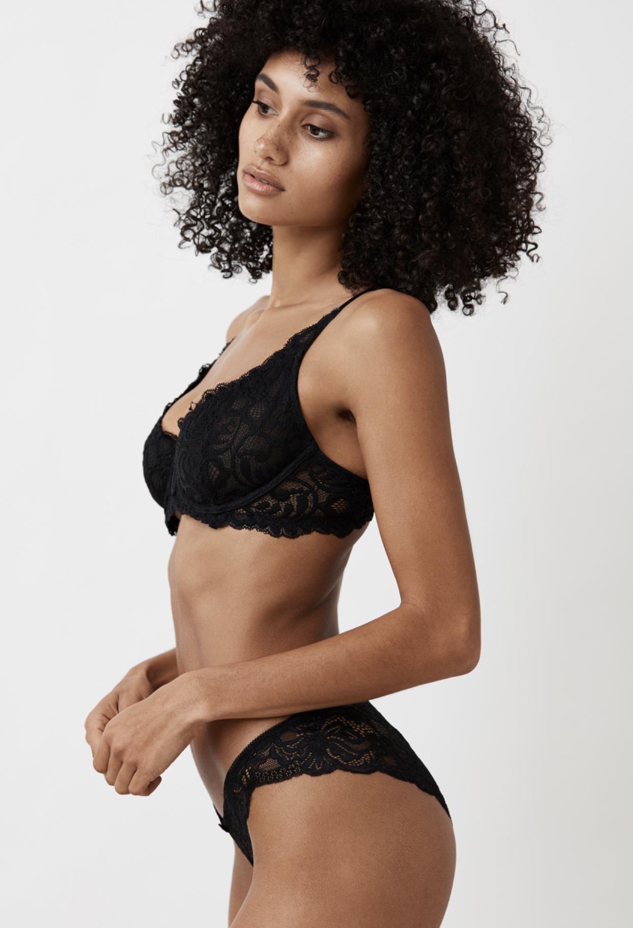 Photographer: Shintani   Model: Sarah Elaina