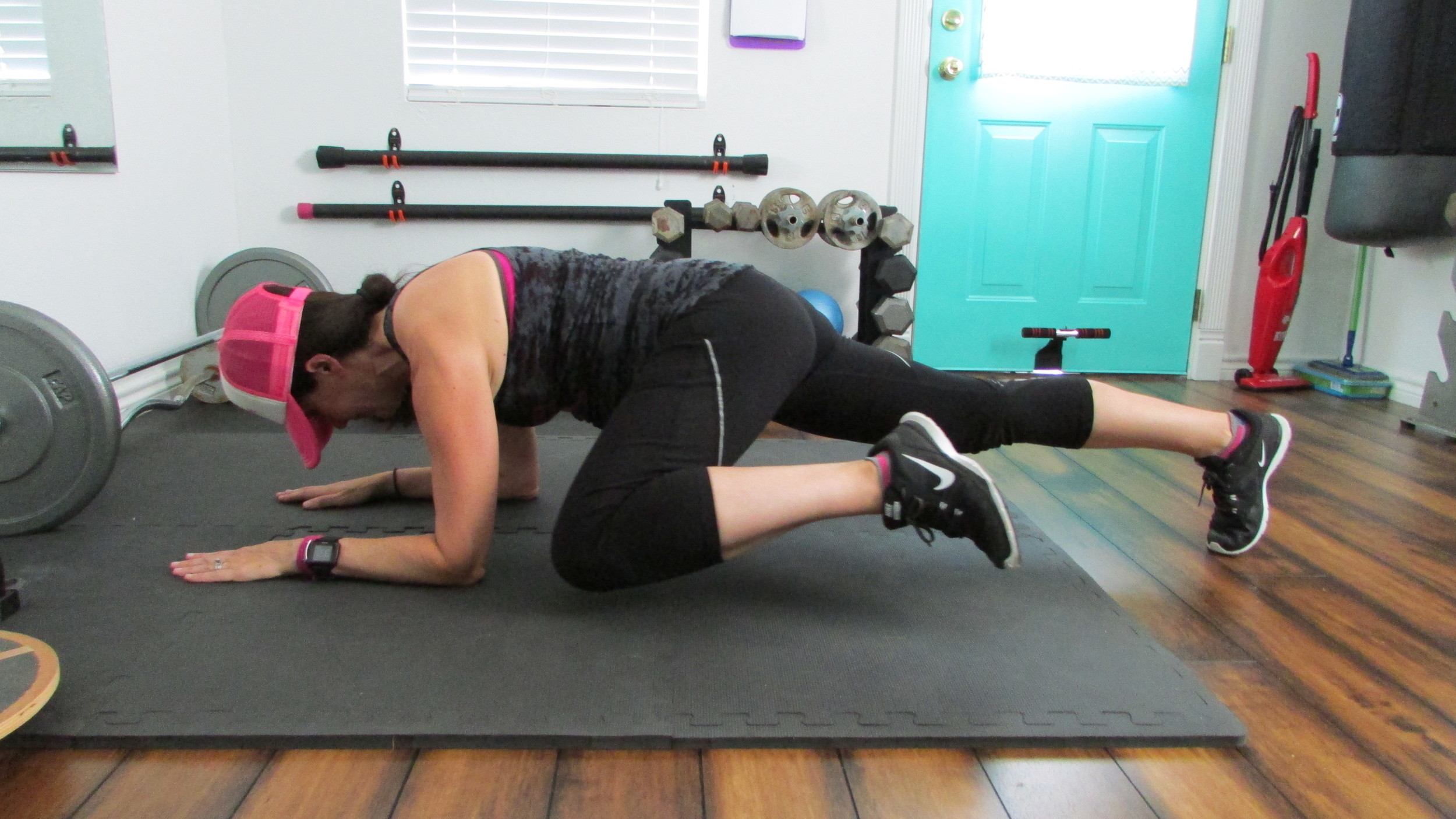 Bring your knee to your elbow, alternating sides.
