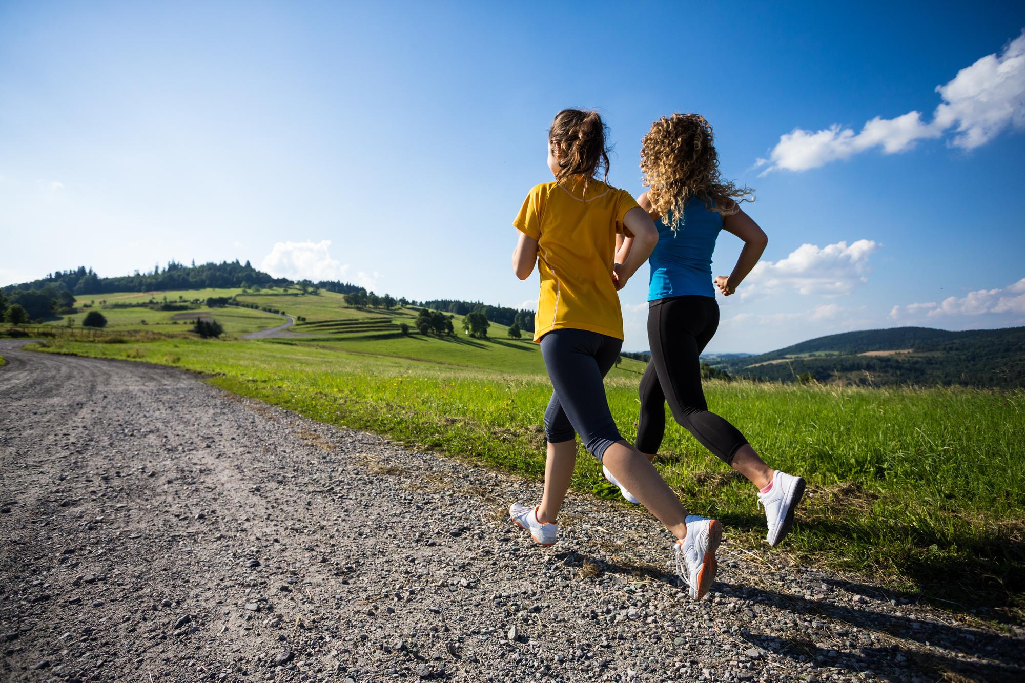 fit friends girls running.jpg