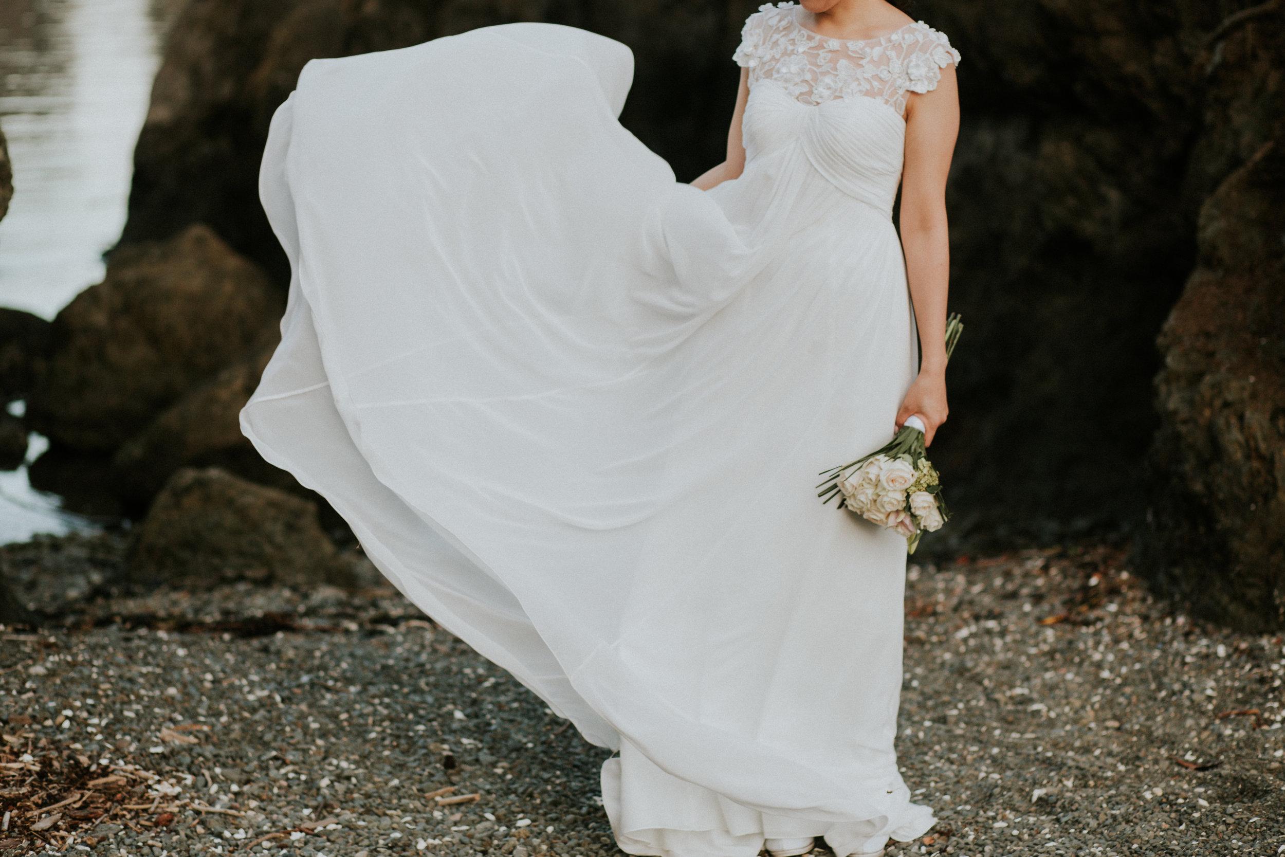 dress wedding photographer seattle