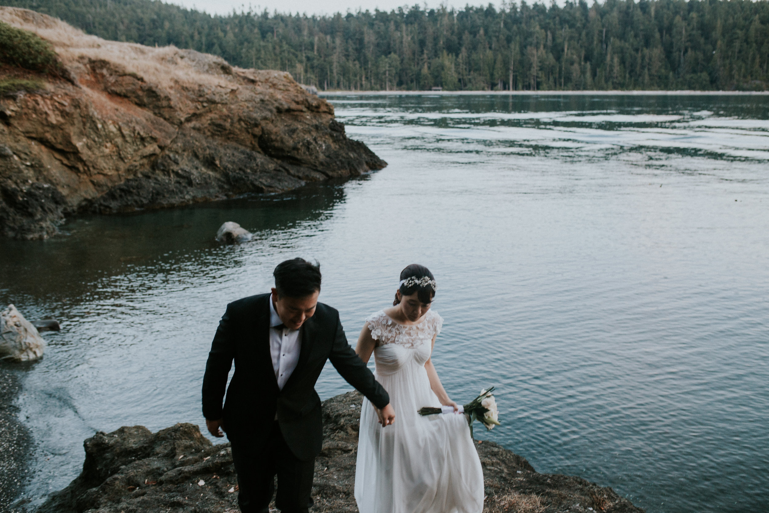 wedding and engagement photographer affordable