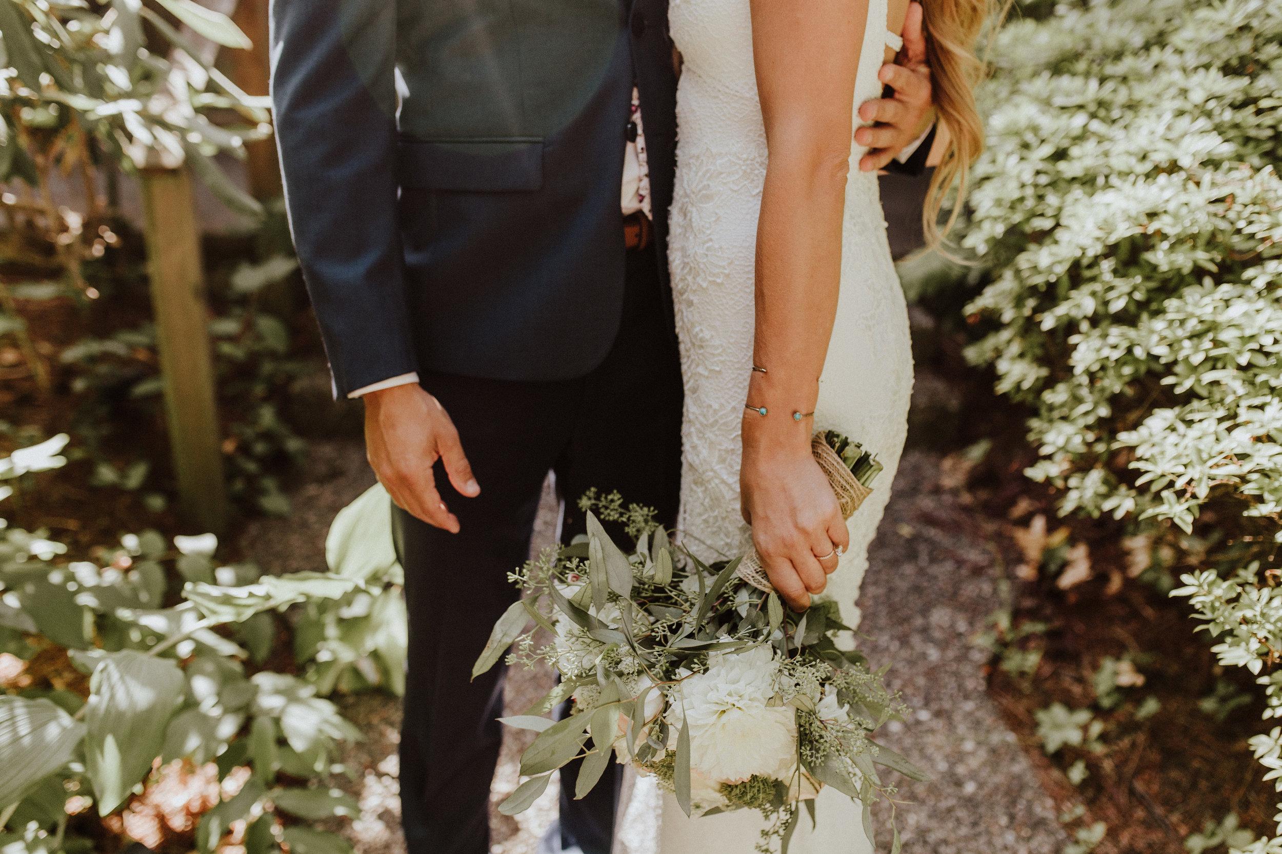 bouquet wedding seattle kiana lodge