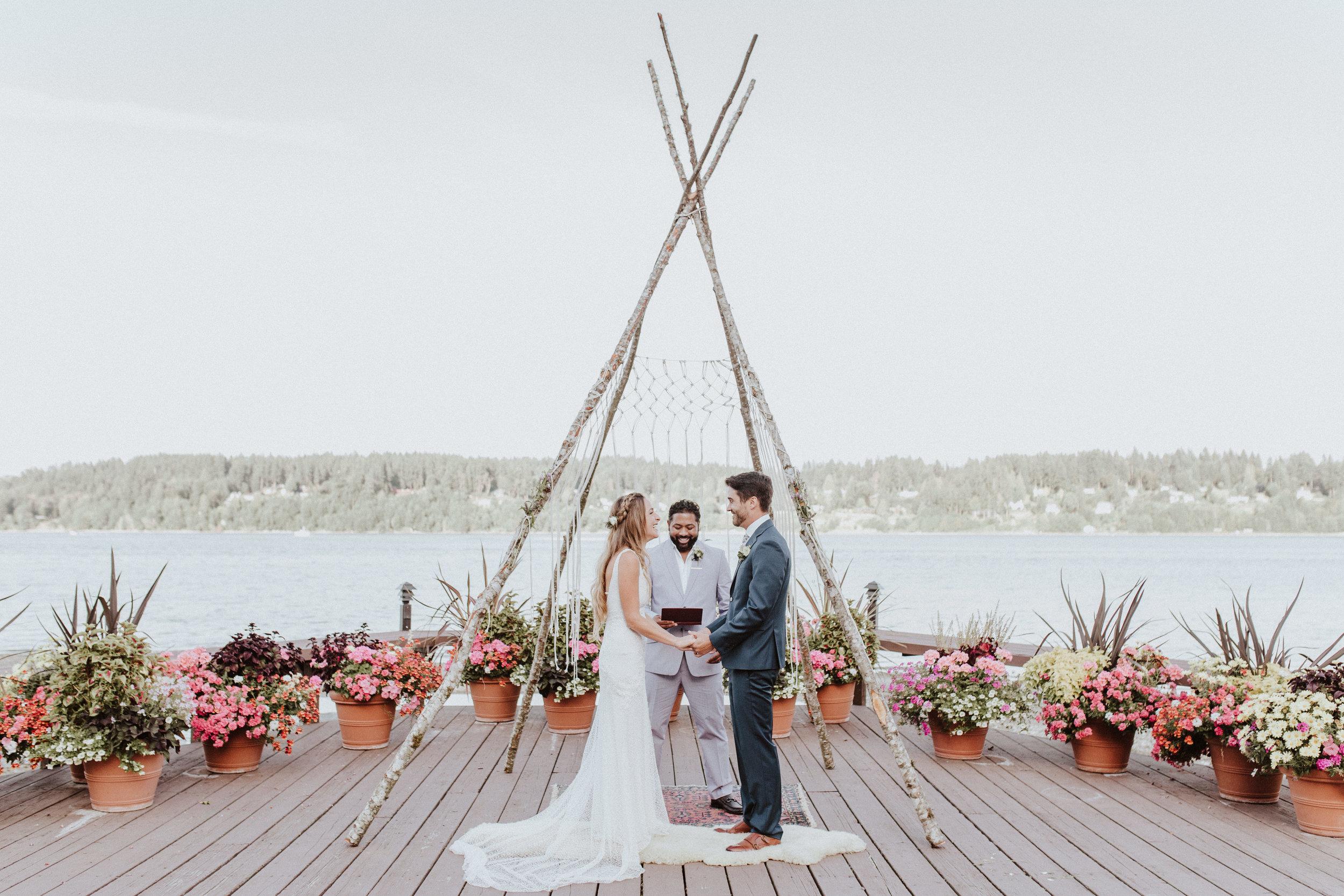 wedding ceremony kiana lodge