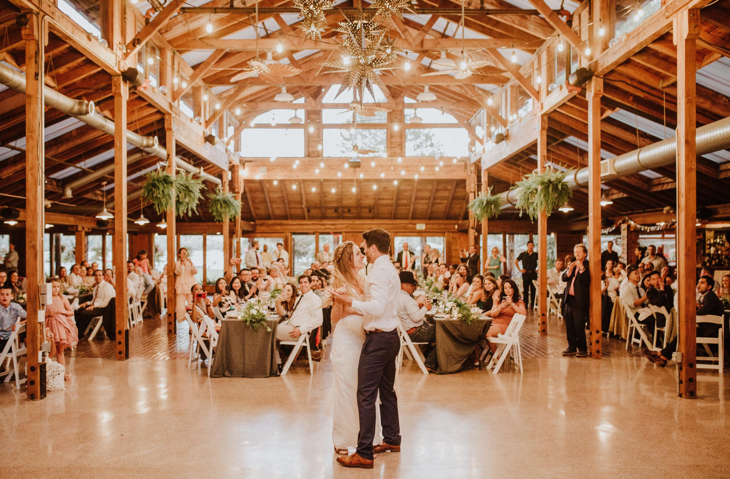 first dance kiana lodge wedding photographer