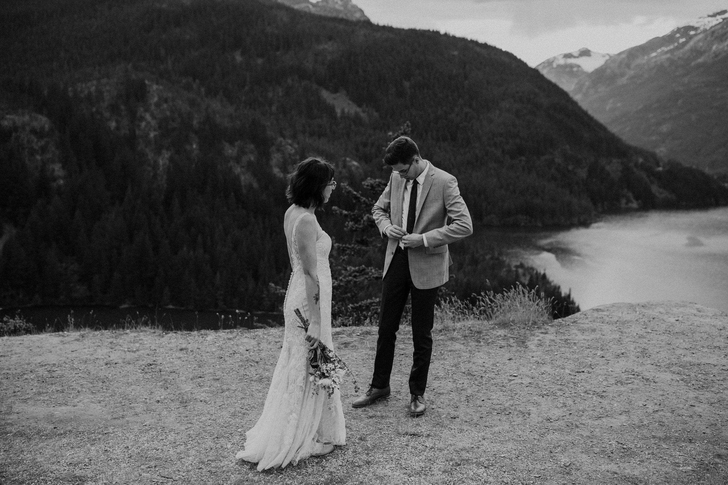 Ellie&Matt-wedding-seattle-diablolake14.jpg