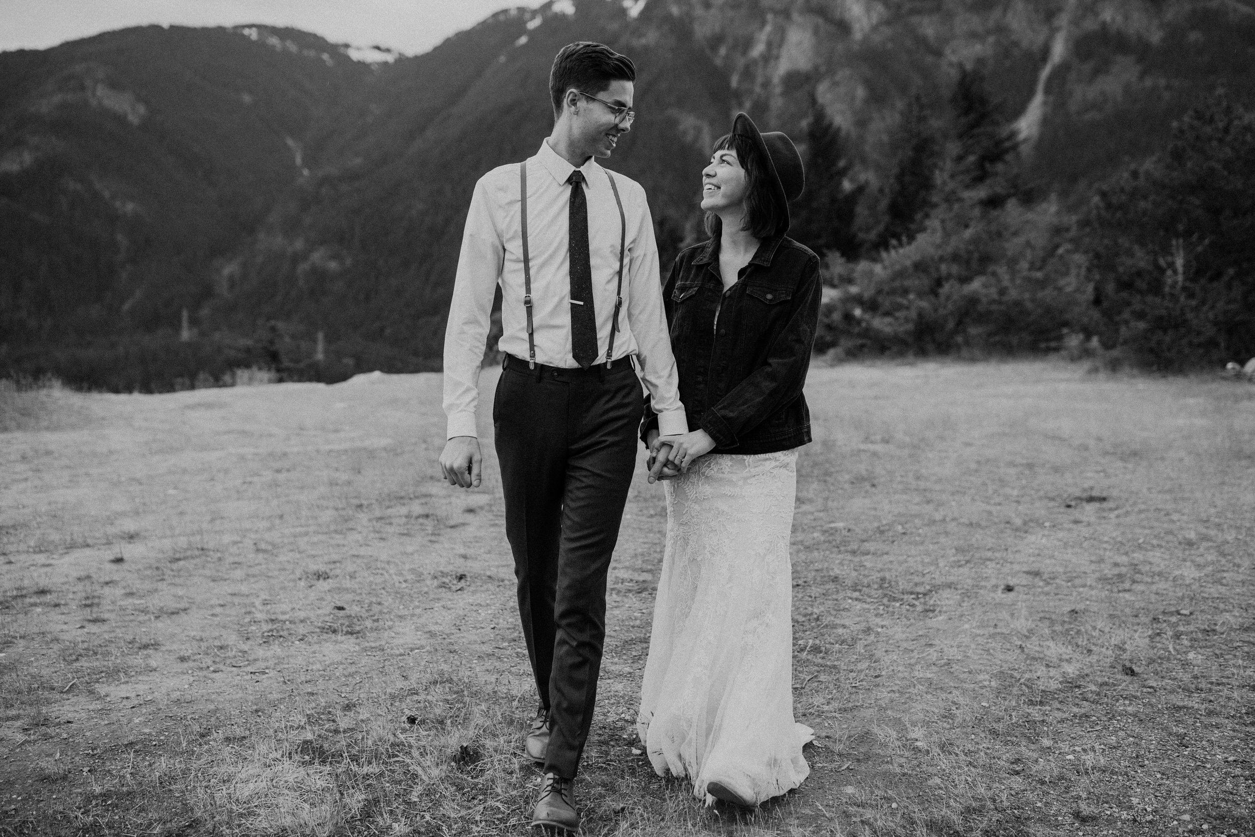 Ellie&Matt-wedding-seattle-diablolake56.jpg