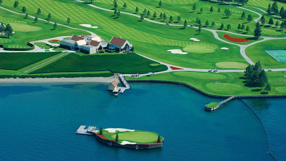 000554-05-GolfCourse_Floating.jpg