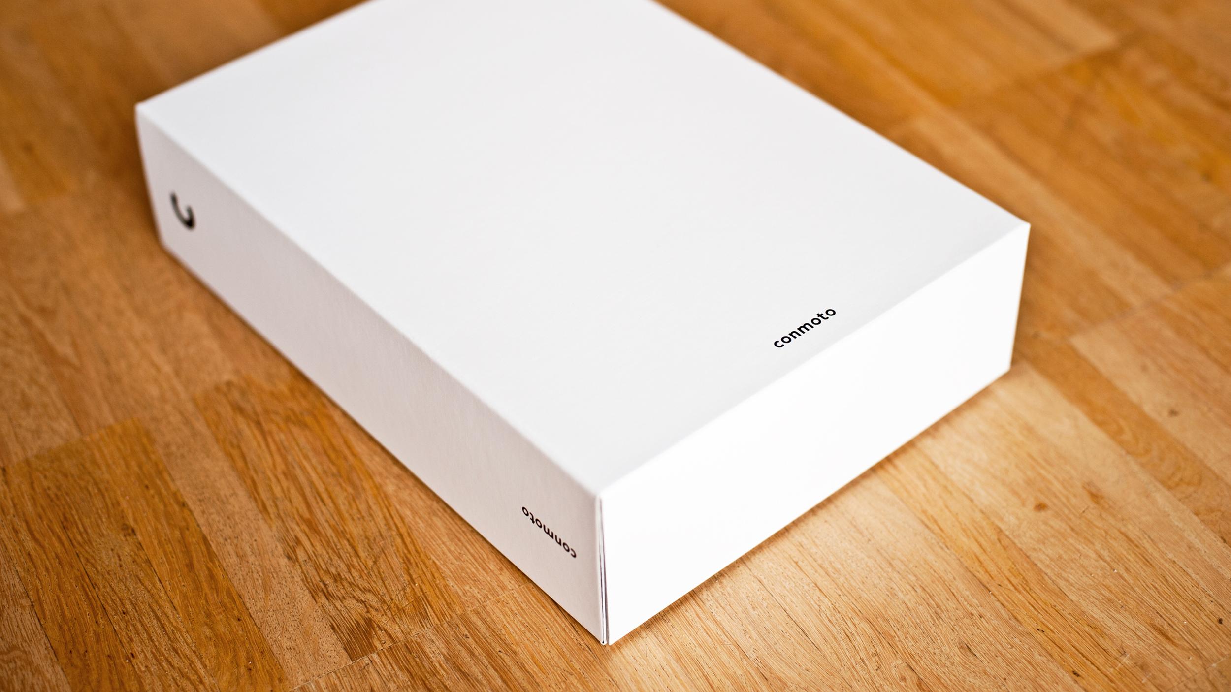 UNGESTRICHEN_conmoto catalogs 2010_start_012.jpg