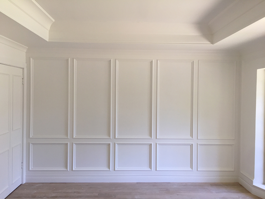 after-the-one-room-challenge-sitting-room-metrie-molding-the-pink-paoda.jpg