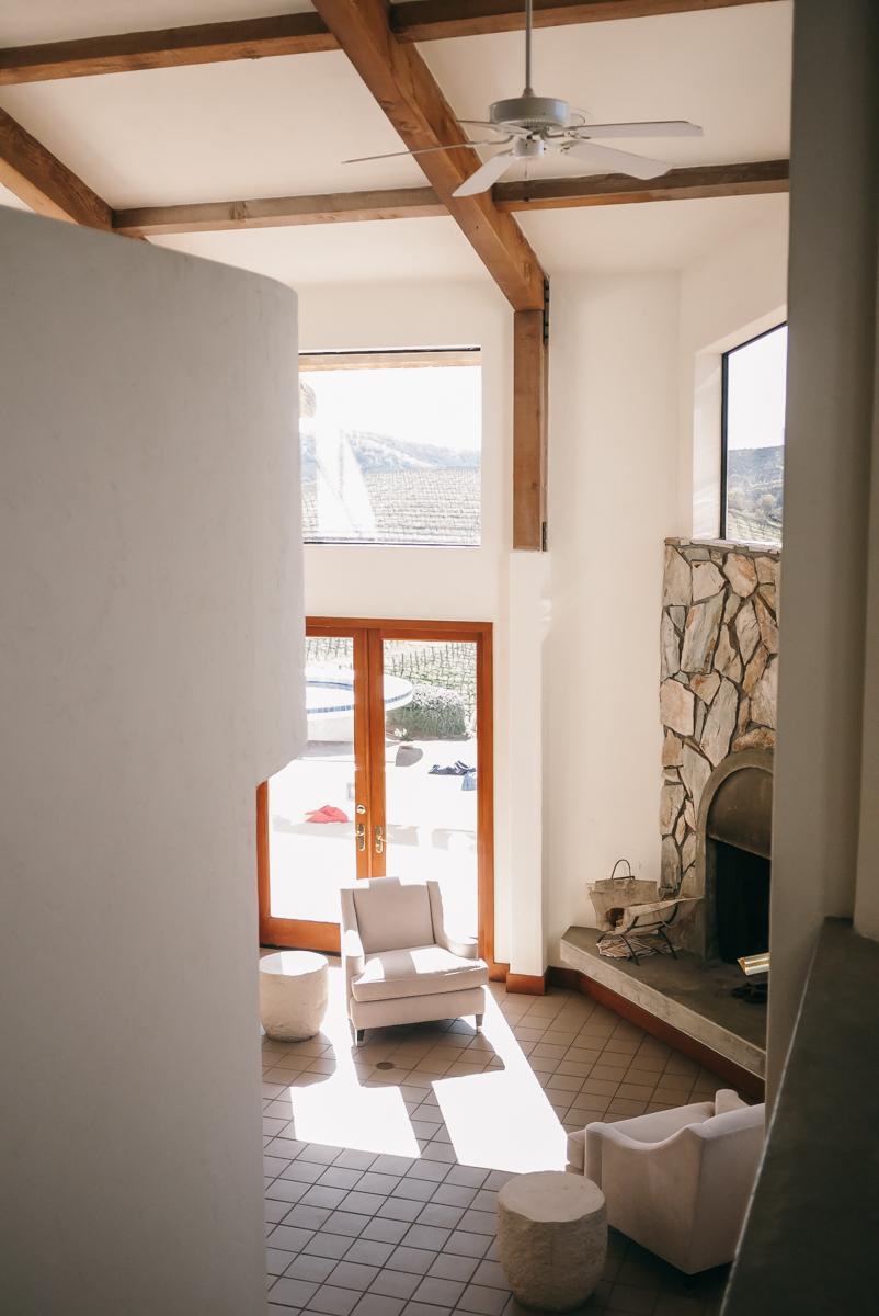 monterey-soledad-travel-chalone-vineyards-mansion-38.jpg
