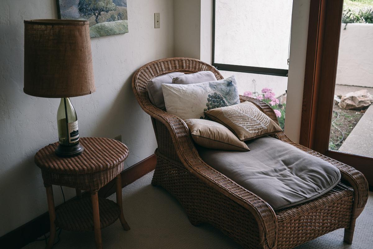 monterey-soledad-travel-chalone-vineyards-mansion-26.jpg