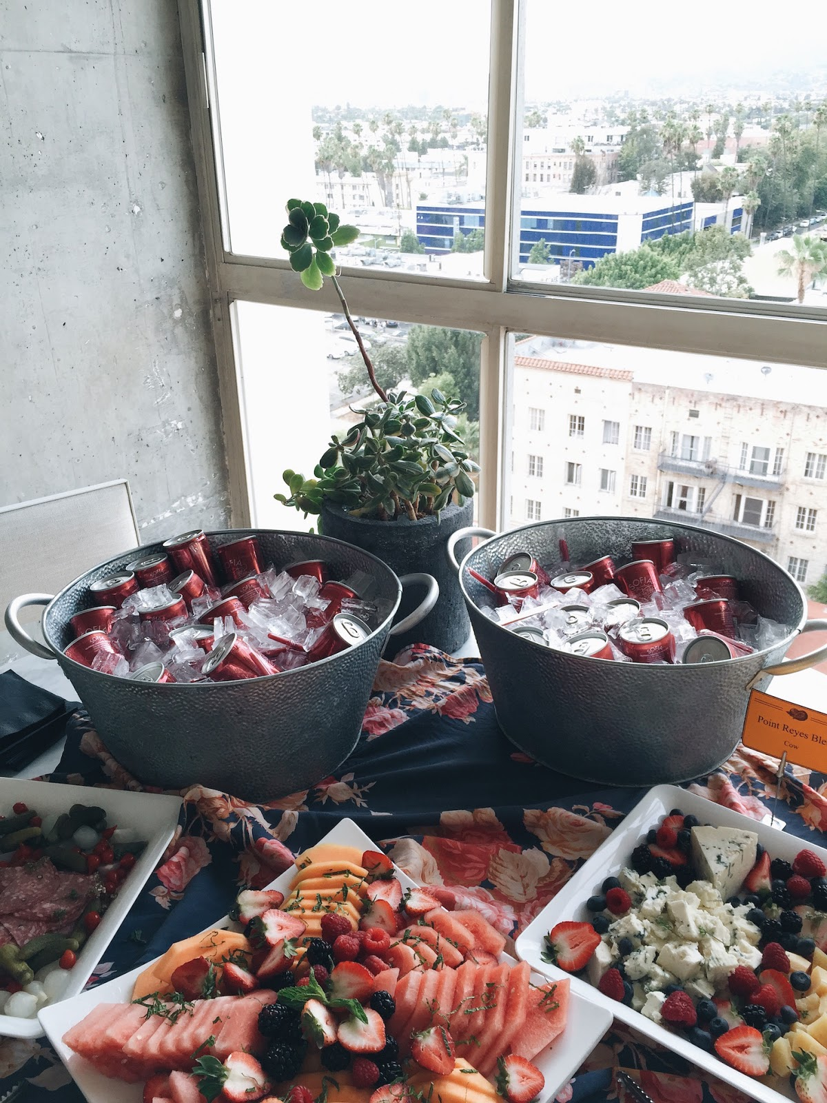 mybelonging-the-line-hotel-a-suite-birthday-party6.jpg