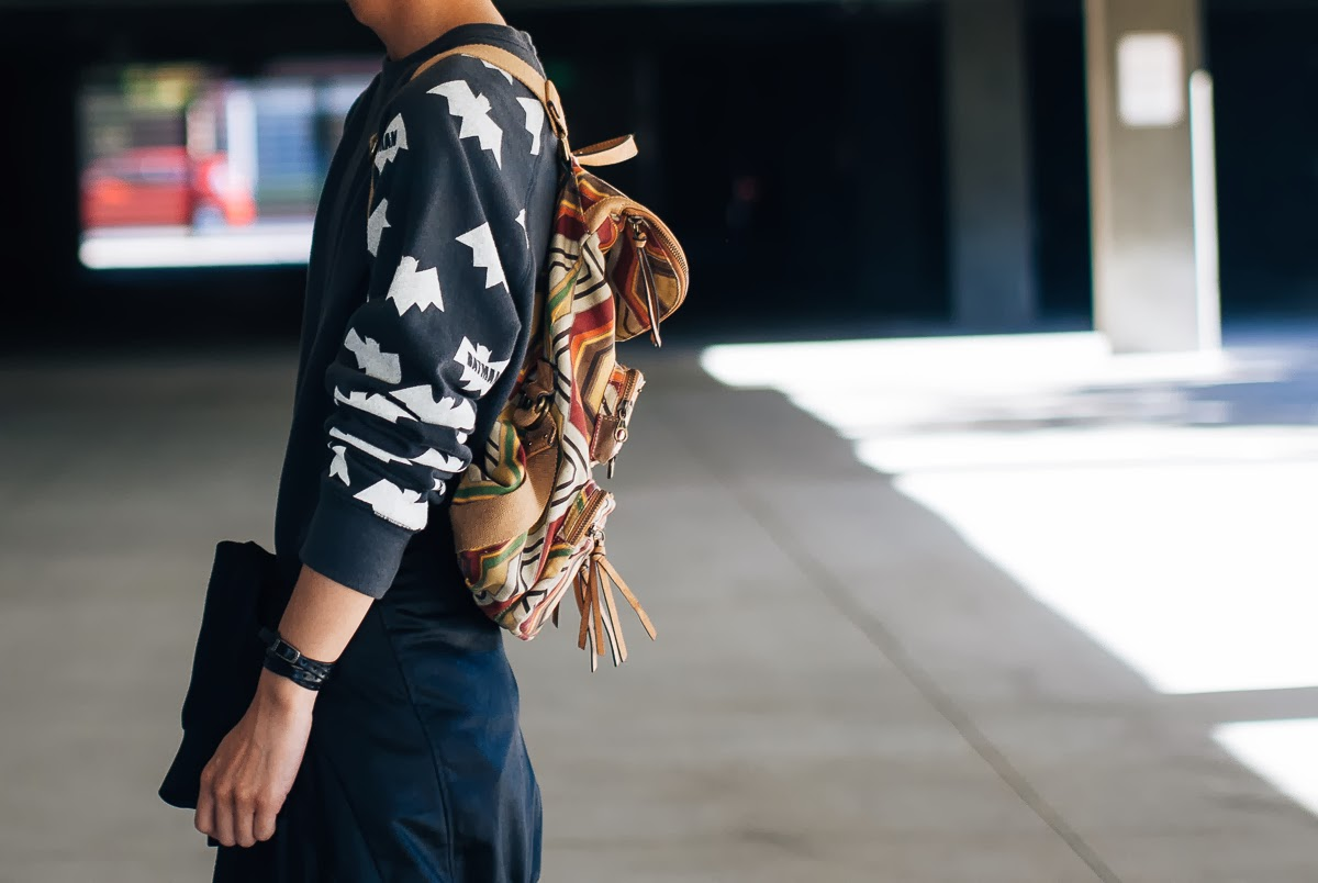 mybelonging-tommylei-batman-sweatshirt-creativerecreations-5.jpg