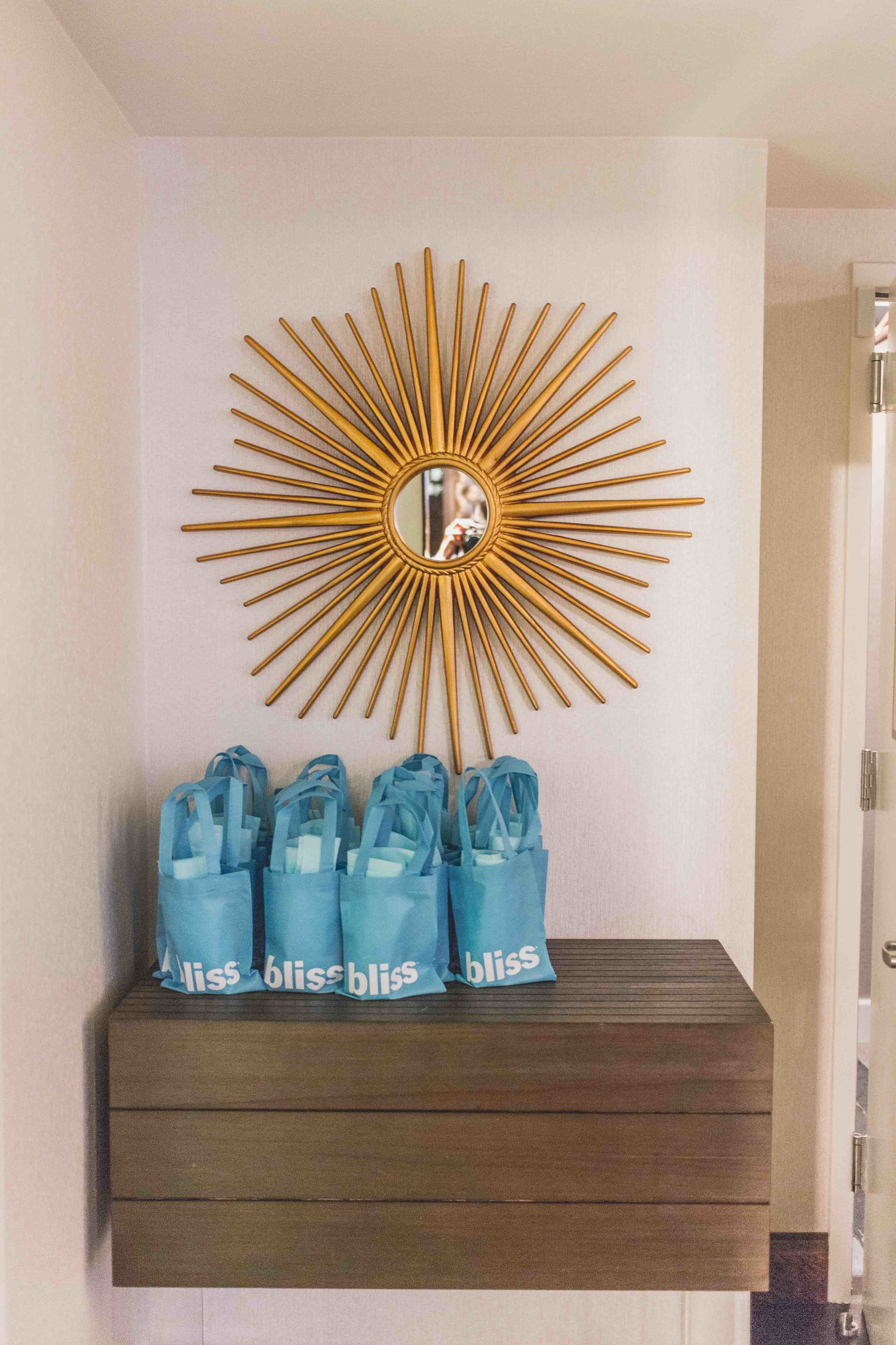 mybelonging-whotels-west-beverly-hills-EWOW-suite-4.jpg