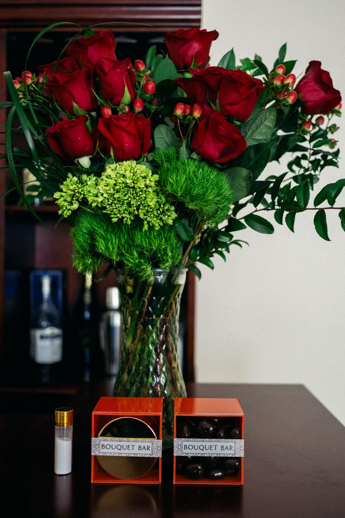 mybelonging-bouquet-bar-v-day-roses-gift-box-6.jpg
