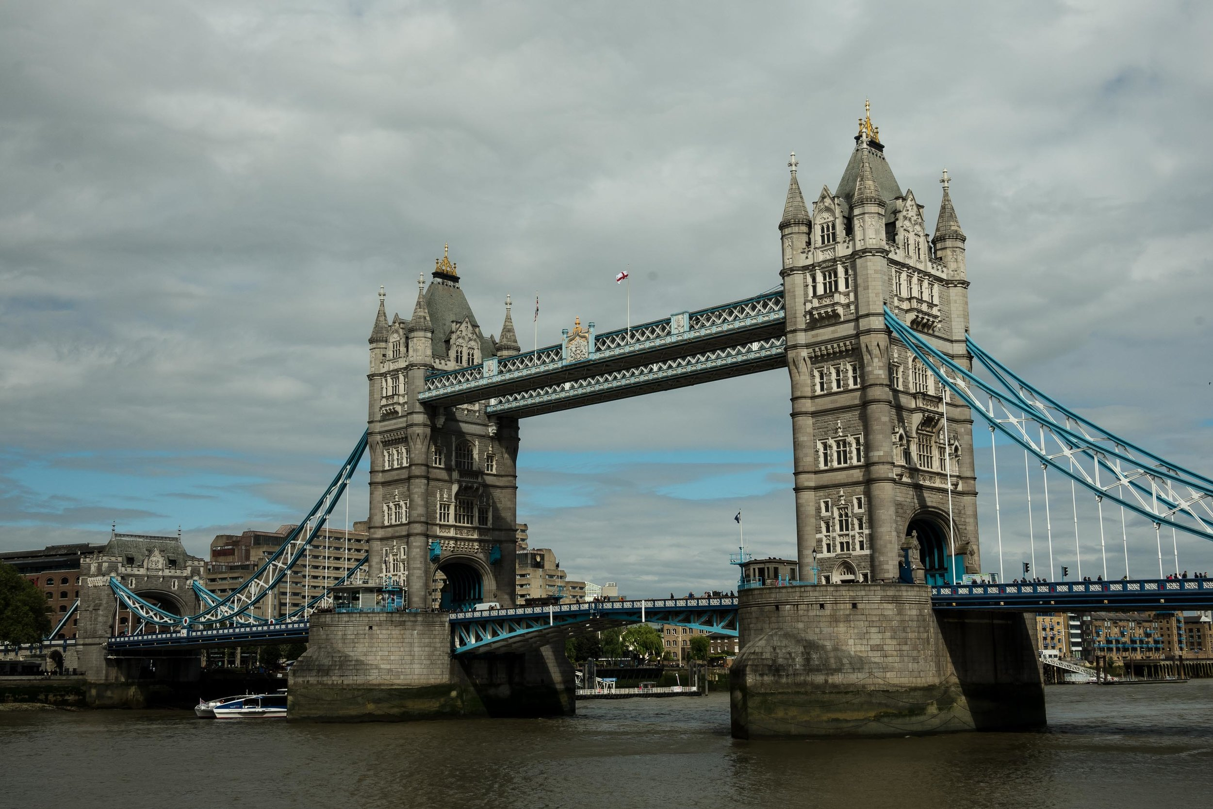 "The namesake of Fergie's song - ""London Bridge"""