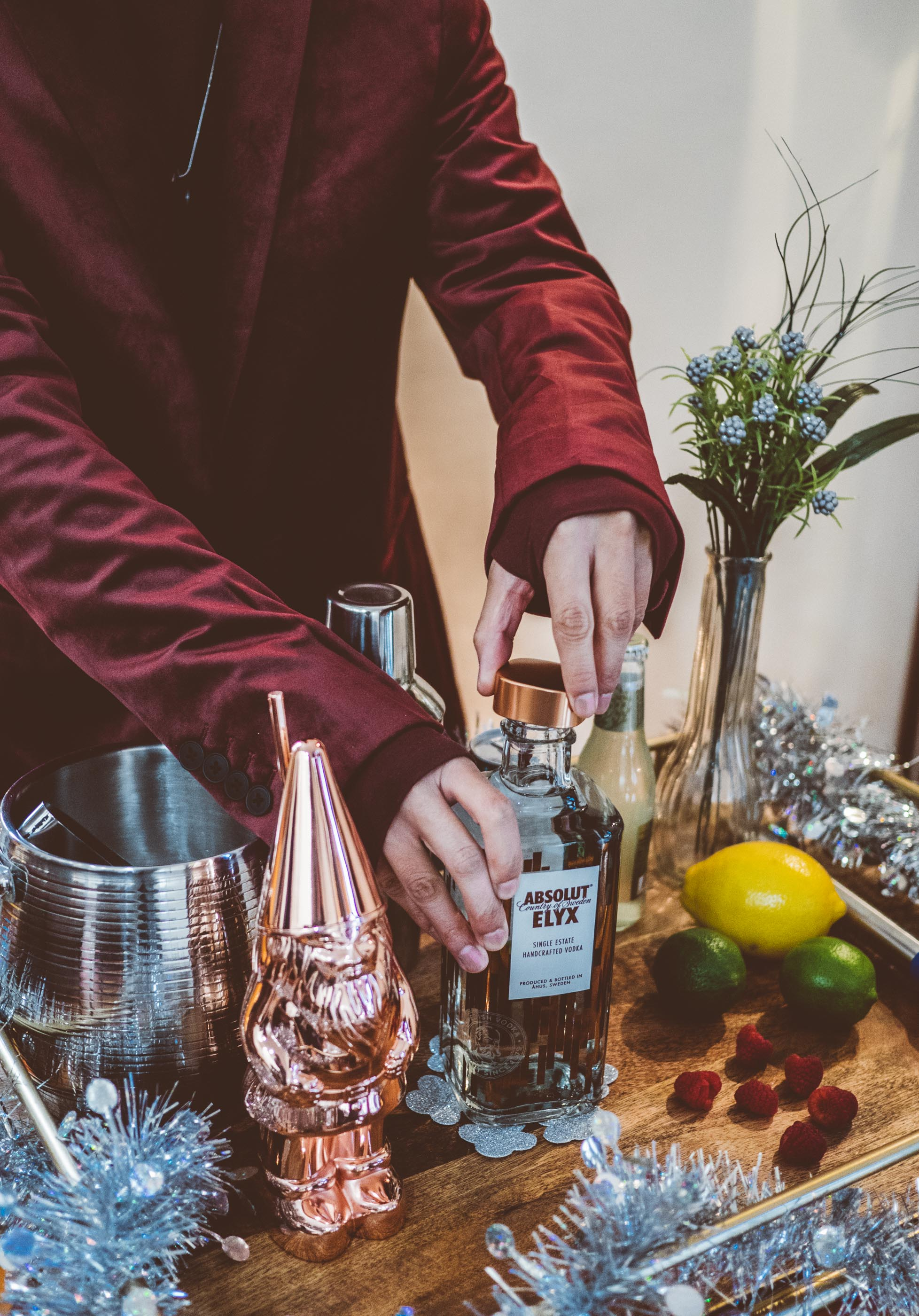 MYBELONGING-TOMMYLEI-THE-BEST-ABSOLUT-ELYX-COCKTAIL-BAR-CART-HOLIDAY-DRINK-RECIPES-23.jpg