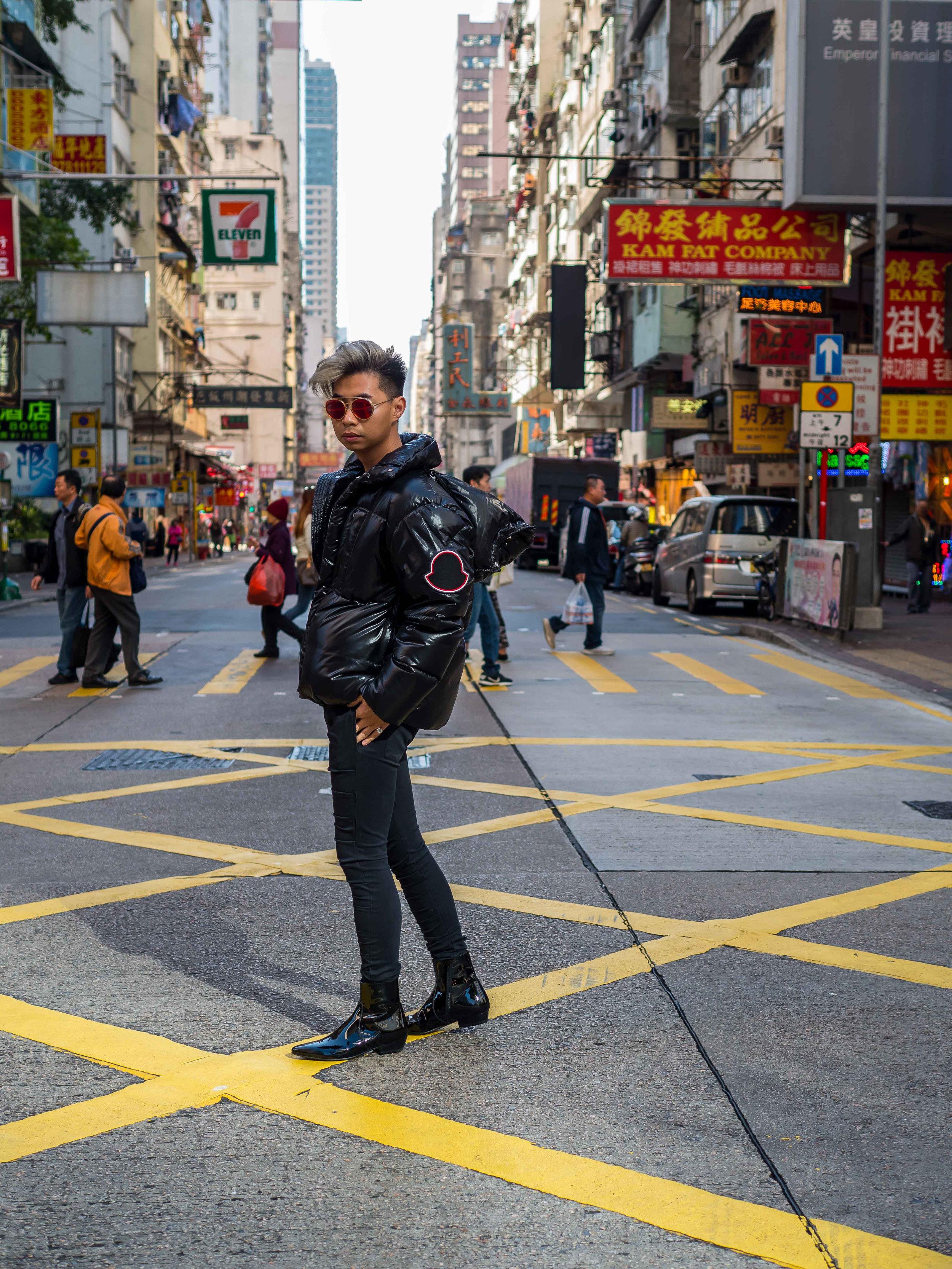 MYBELONGING-TOMMYLEI-MENSWEAR-STREETSTYLE-MONCLER-X-FARFETCH-MONGKOK-CITY-STREETS-HONGKONG-TRAVEL-PHOTOGRAPHY-14.jpg