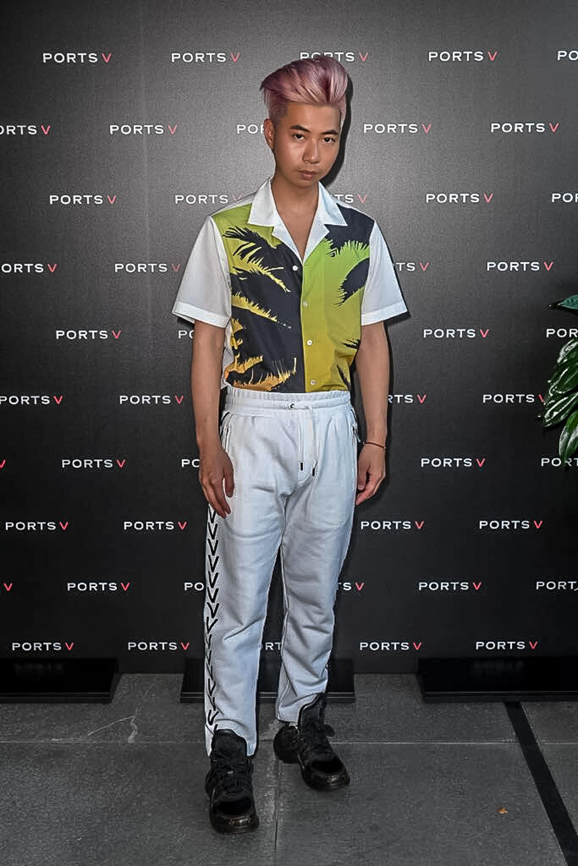 This post has been a long time coming. - You asked for more outfit posts. Well, your wish is my command. Here are all the outfits I've worn during Milan Fashion Week.*Wearing Ports V shirt + trouser