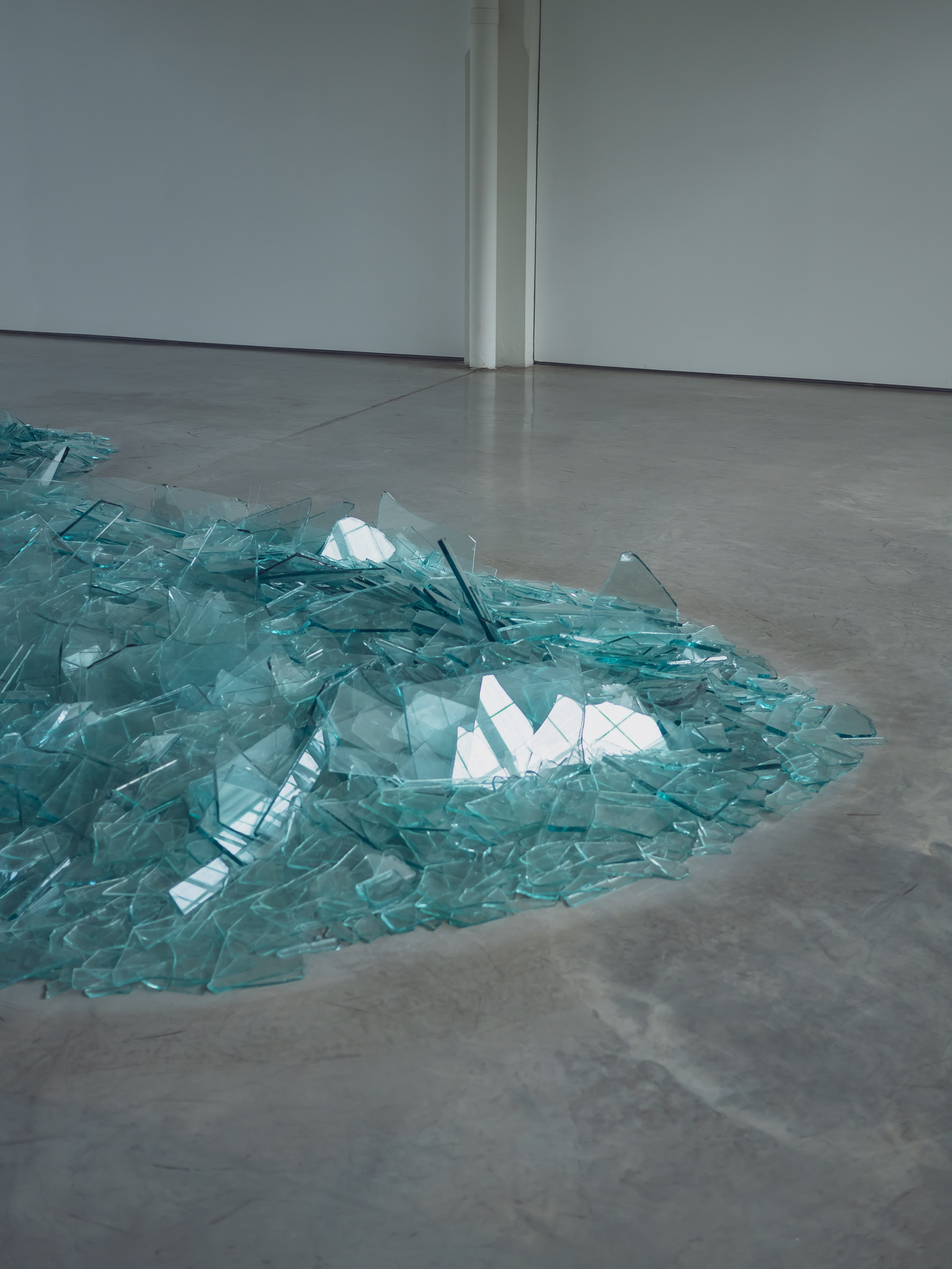 Shards of glass. By Robert Smithson.