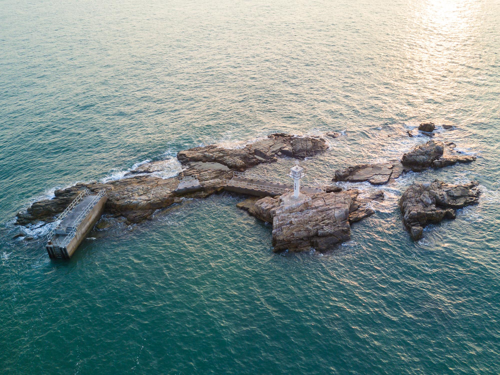 Lamma Channel, Hong