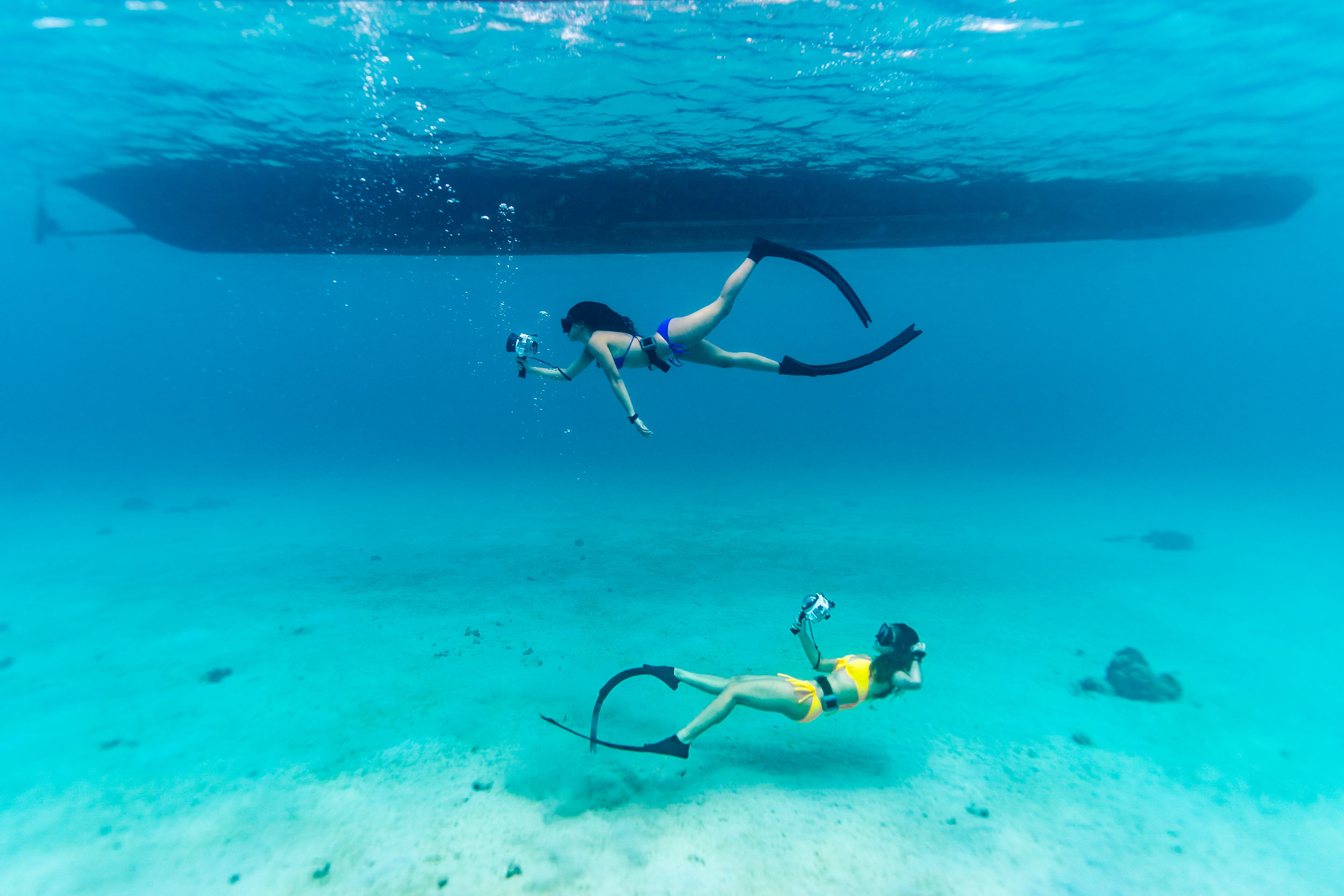 Free divers from  Azul Freediving  shooting with Sea Frogs UW housing for Sony A6xxx series Salted Line. Image taken with Sony a9 www.christiaanhart.com