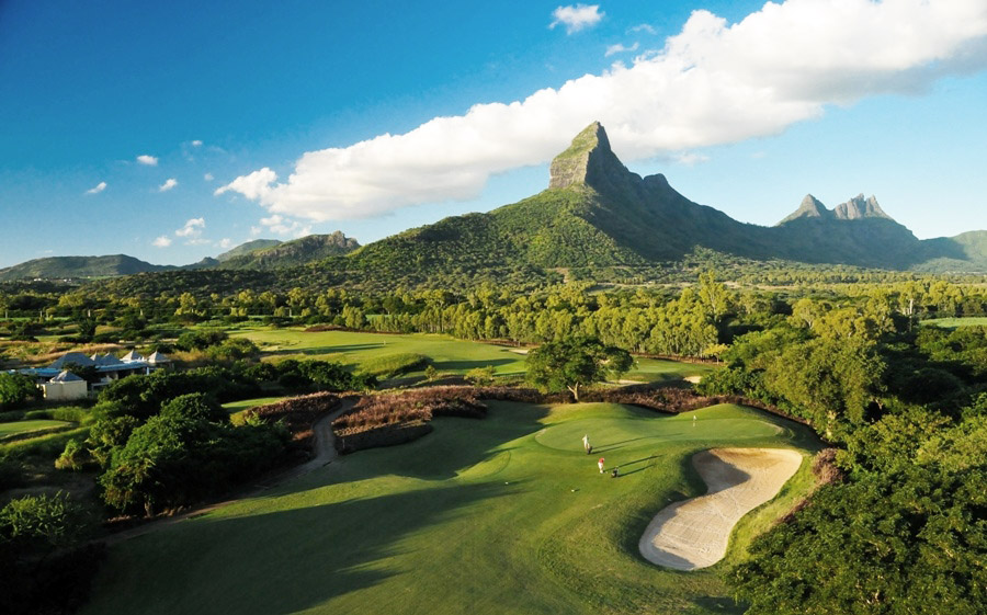 car rental mauritius - golf2.jpg