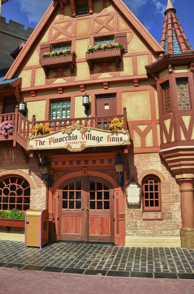 pinocchio village haus.jpg