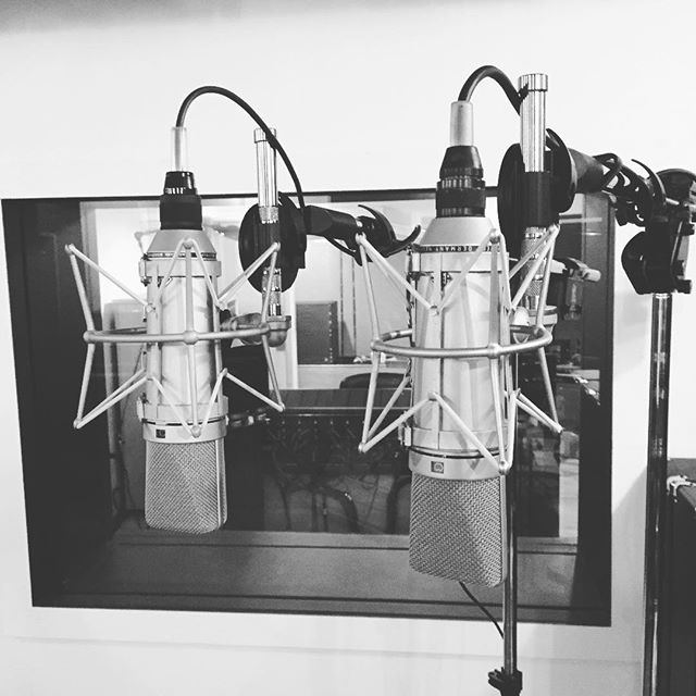 Check it..U67's!! One is 55 years old and one is brand new. Which one do you guess sounds the best? @neumann.berlin #the45factory #u67 #u67reissue #neumann