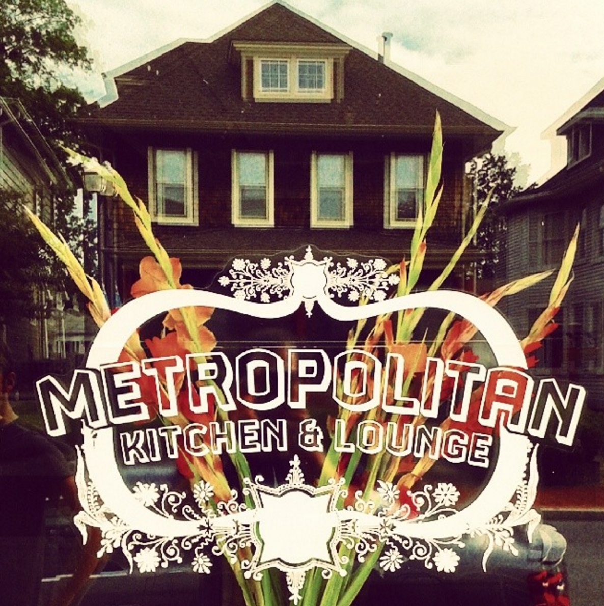 Metropolitan Kitchen & Lounge