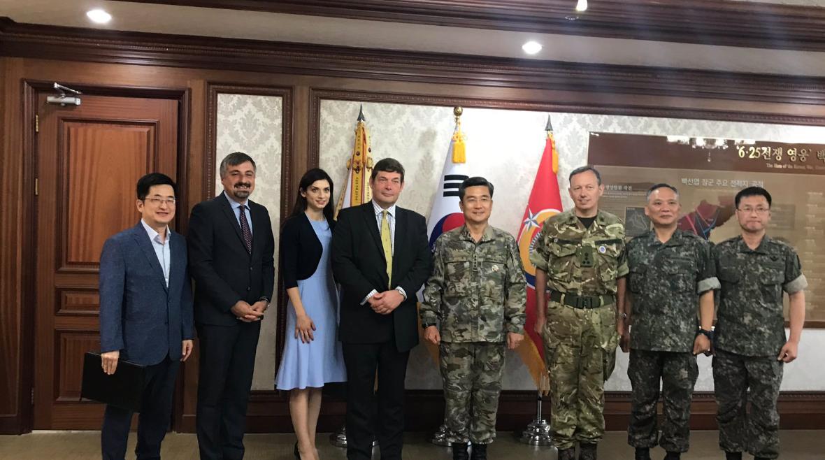 Visiting South Korean Army CGS
