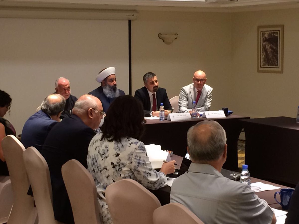 Chairing discussion on extremism and narratives in Beirut