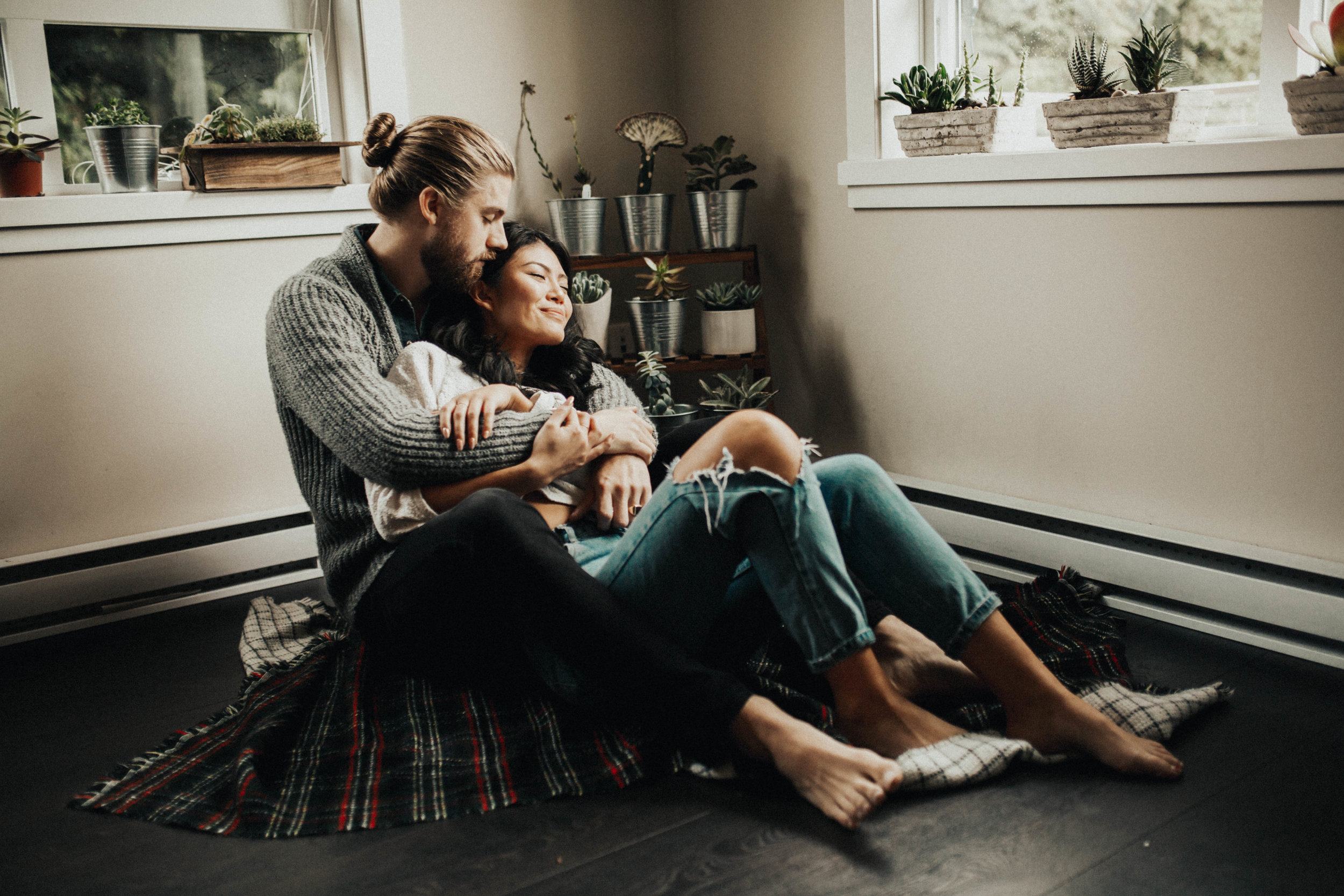 The McLachlans - Adventurous Photographers for the Wildly in Love - Joe & Gabby at home-50.jpg