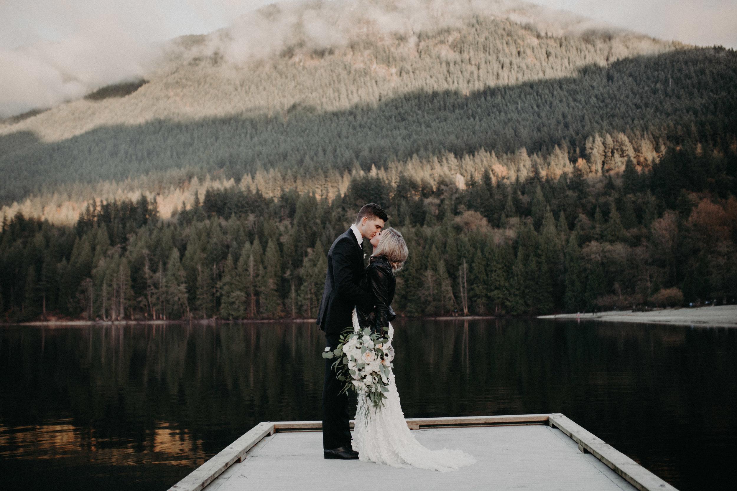 The McLachlans - BC Wedding Photographers - Westwood Plateau - Tynan and Maty-531.jpg