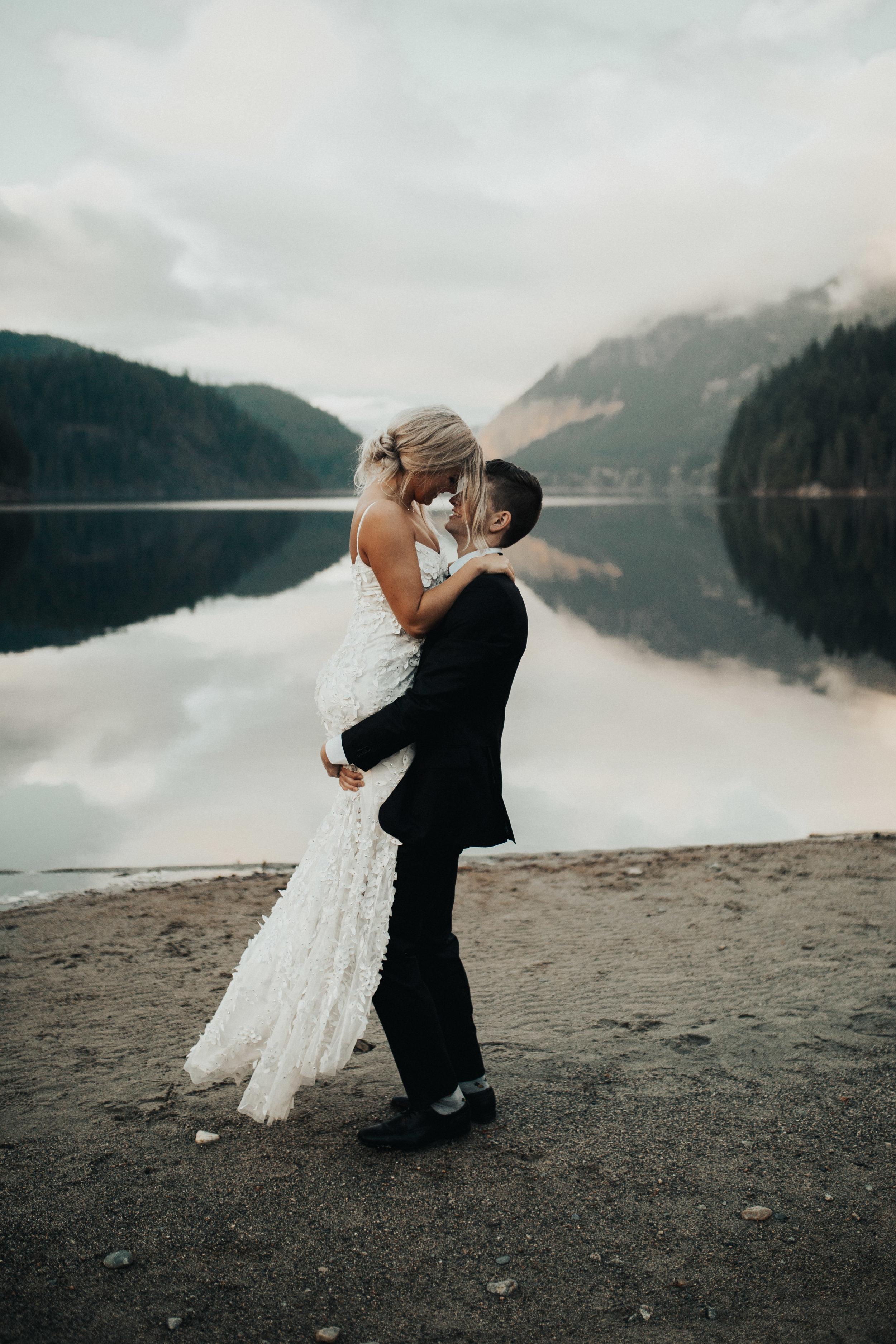 The McLachlans - BC Wedding Photographers - Westwood Plateau - Tynan and Maty-570.jpg