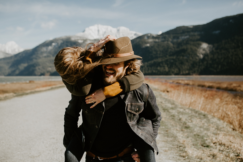 The McLachlans - Vancouver Wedding Photographers - Golden Ears Pitt Lake Engagements - John and Deidra_0002.jpg