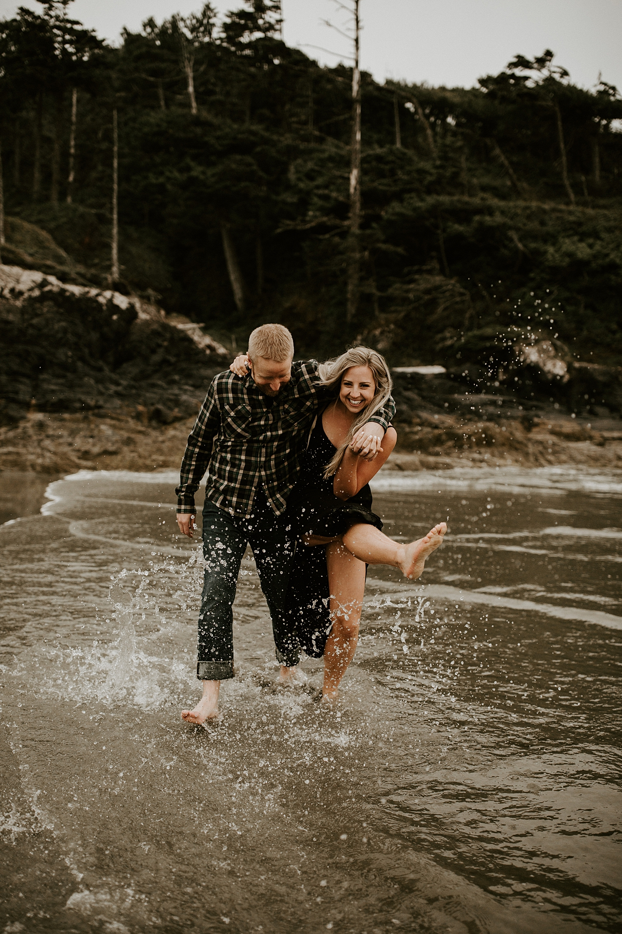 The McLachlans - Tofino Wedding Photographers - Tim and Stefanie's Engagements-225.jpg