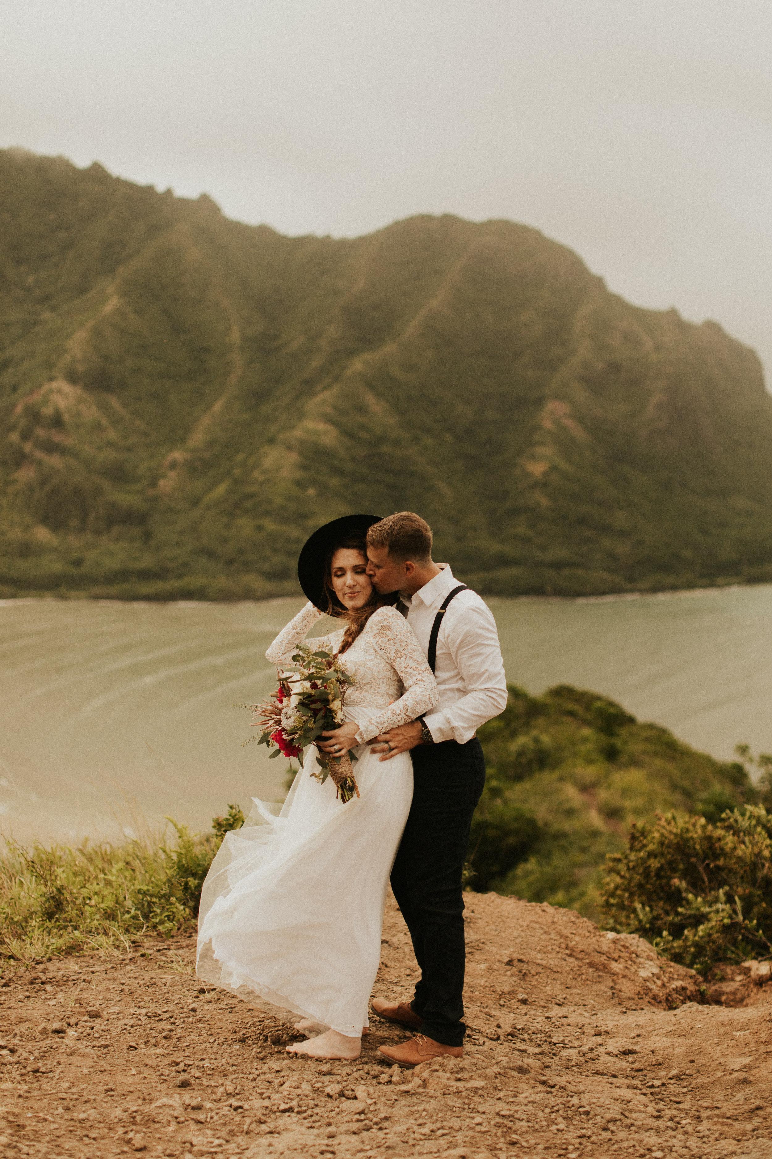 the-mclachlans-destination-elopement-photographers-mountain-hike-sena-eric-118.jpg