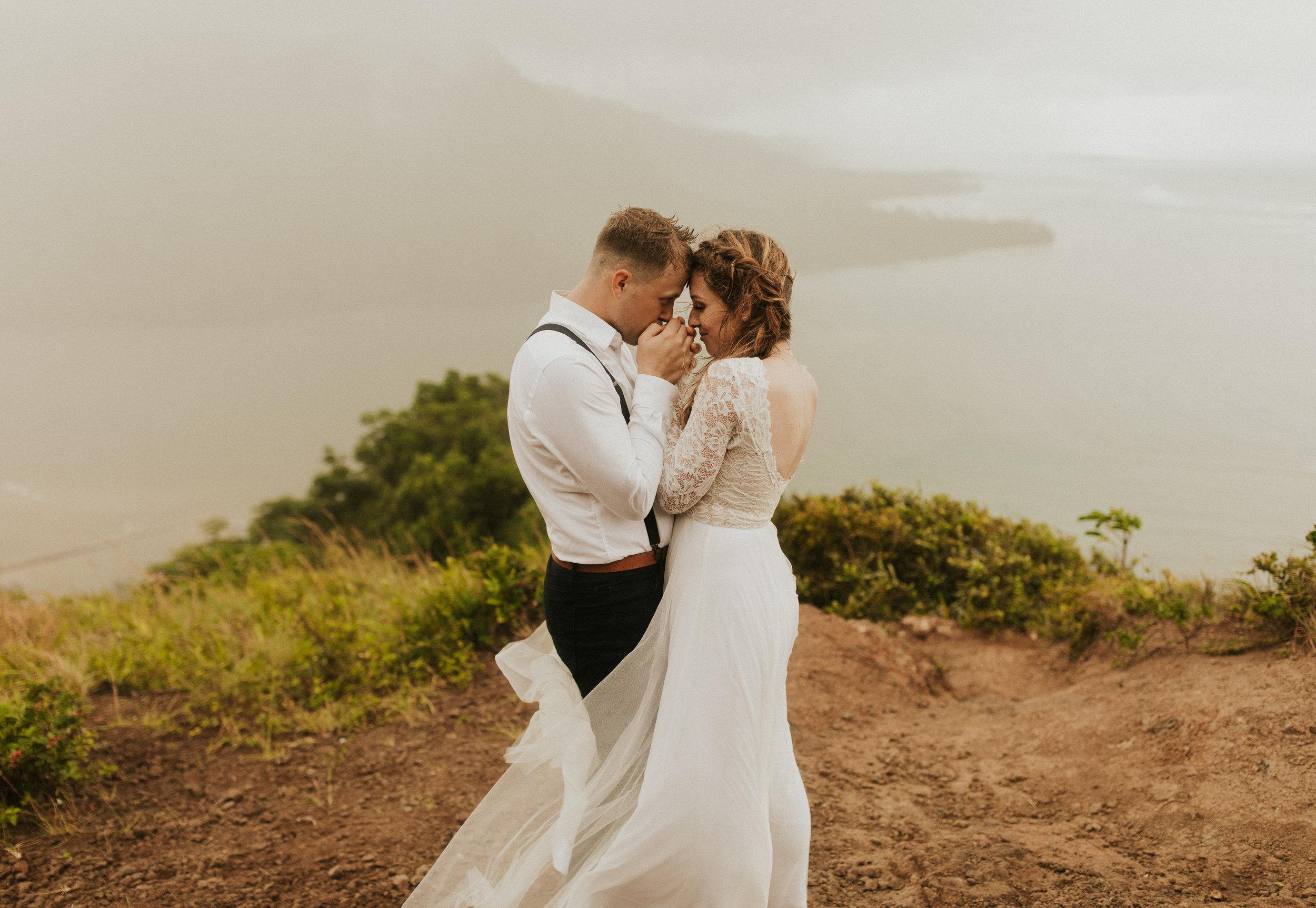 the-mclachlans-destination-elopement-photographers-mountain-hike-sena-eric-125.jpg