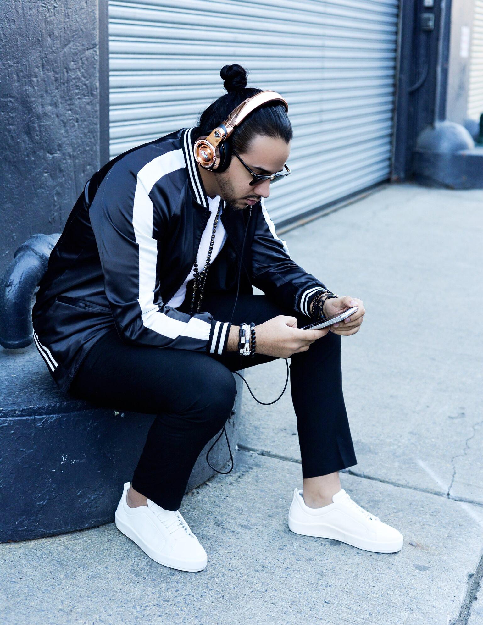 24K Over-Ear headphones