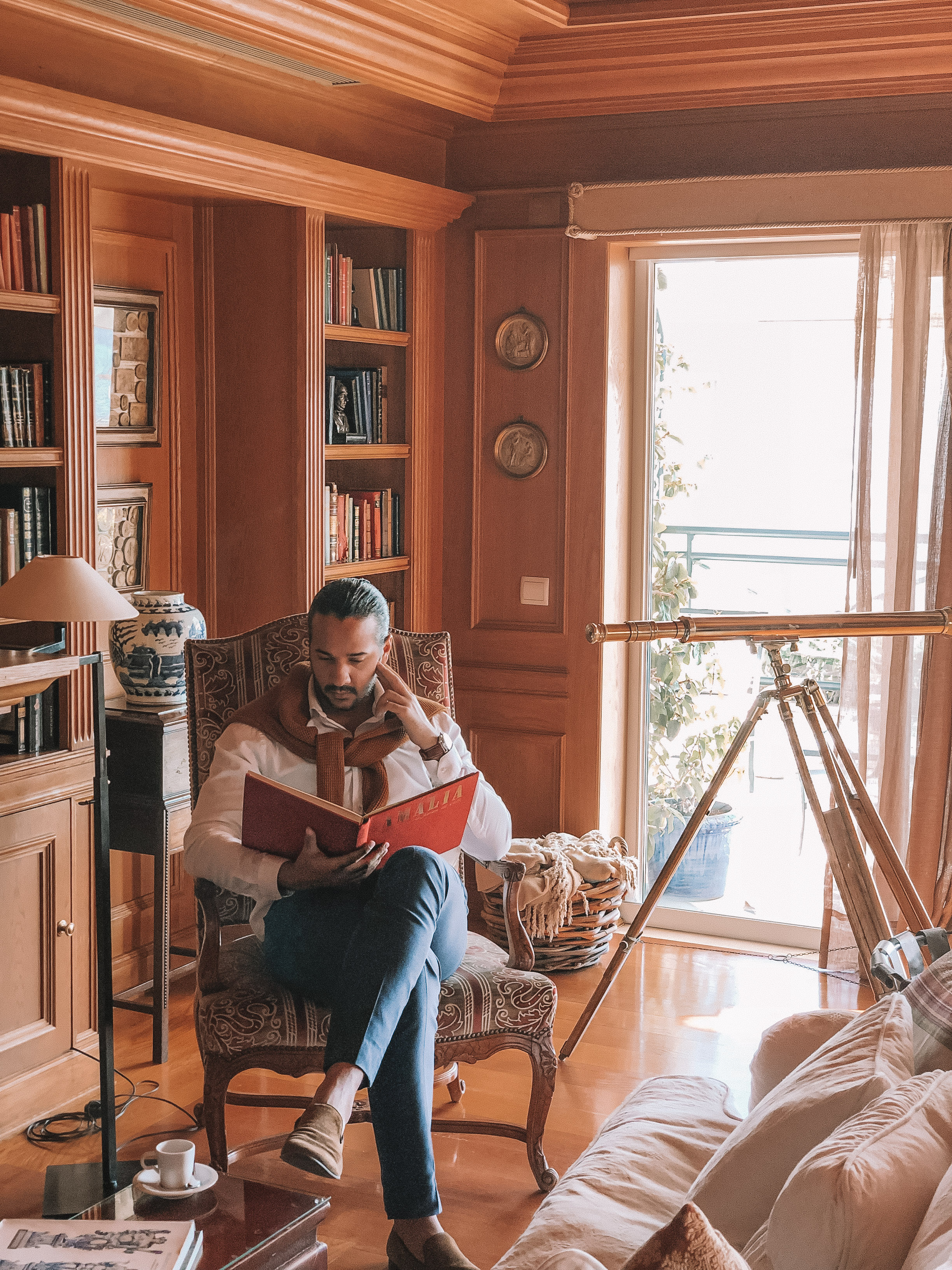 Janelas Verdes Library.jpg