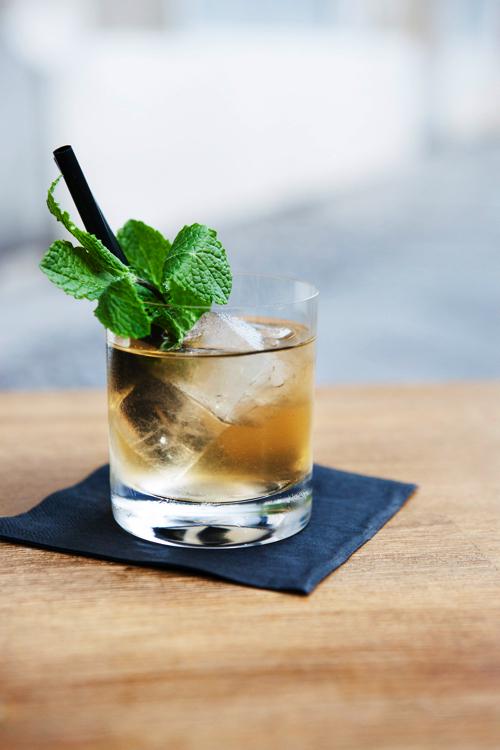 Moritz Bar_Drink_Claudia Goedke.jpg