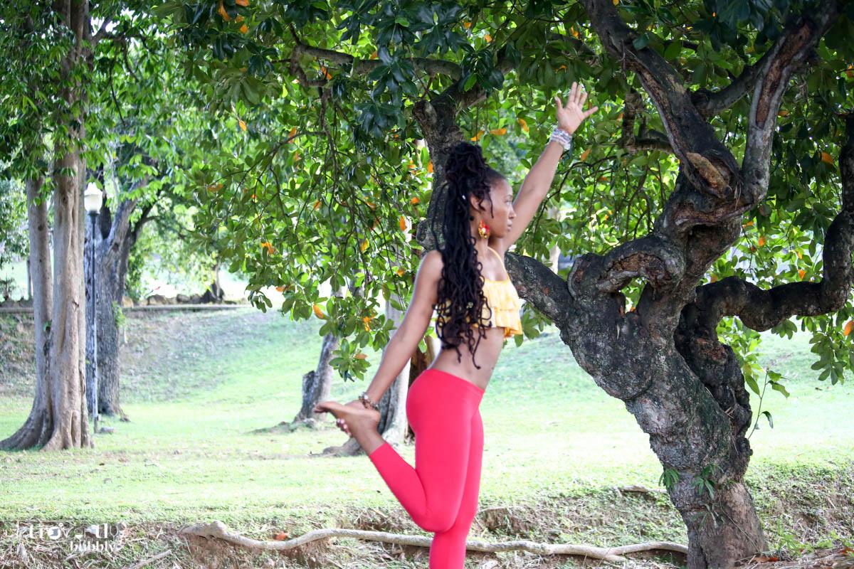 Zahra_Yoga Practice (154 of 315).jpg