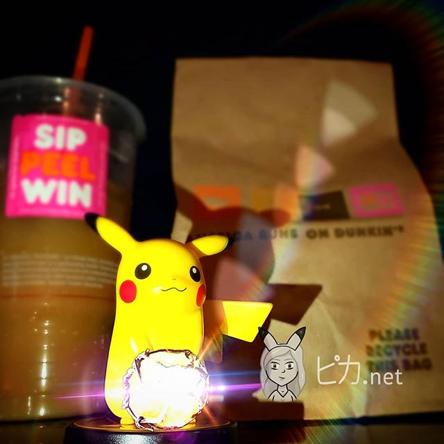 🍩🍩🍩 What a beautiful evening tonight!  Kinda dark though 🤔 I'm sure itll be ok being that Pika has a Light Ball handy! 🤣🤣🤣 Theres always time for a Oran berry muffin at Midnight 💛 Thanks Dunkin' Donuts! . #pikadotnet #pika #midnightsnack #nomnom #lightball #dunkindonuts #pikachu #amiibo #pokemon #shoutout #gamergirl #gamer #nintendo #nyc #pikapickme #大声で叫ぶ #ピカ #ピカチュウ #アミーボ #ポケモン